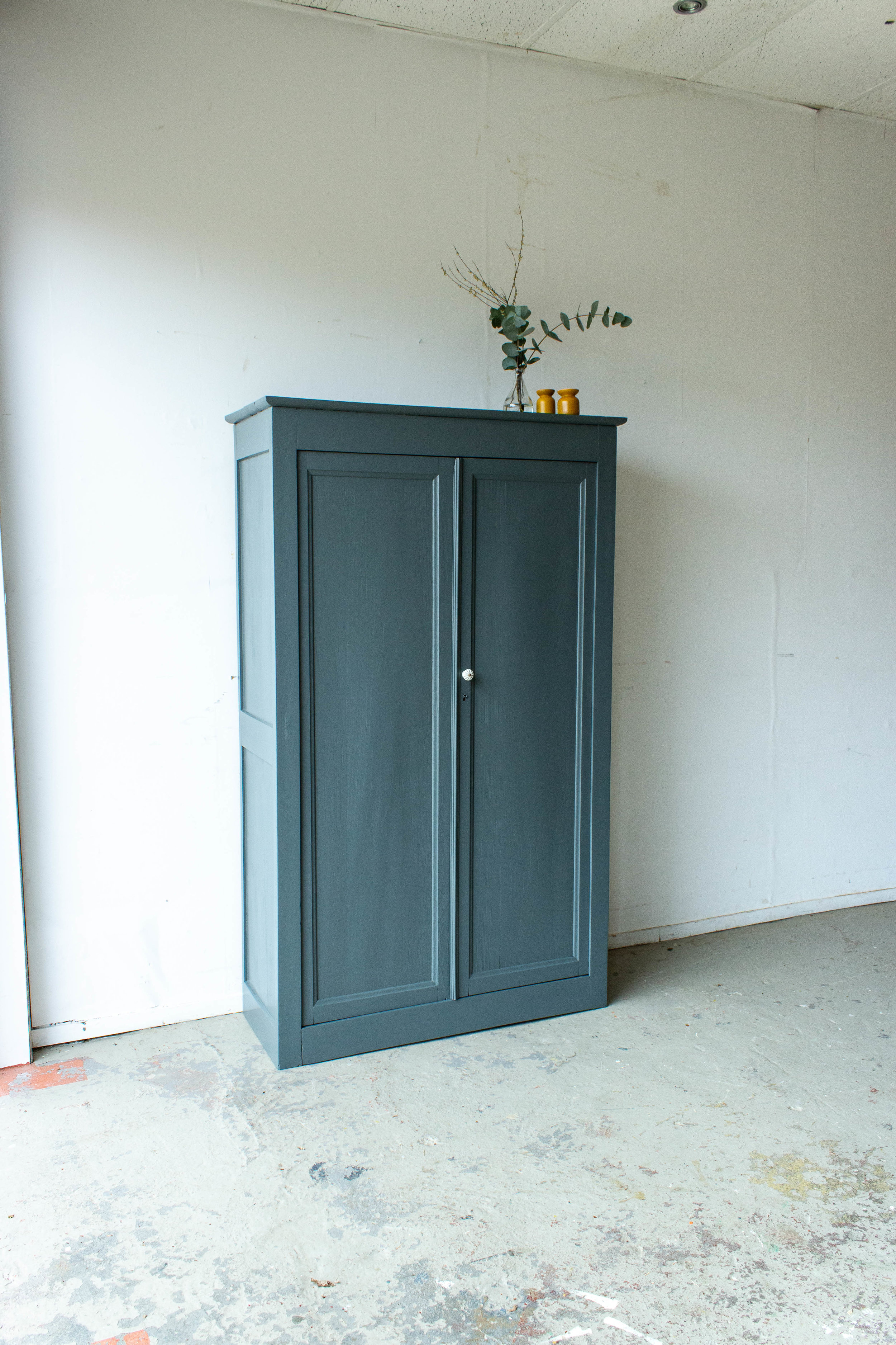 1471 - Vintage kast in antraciet-6.jpg