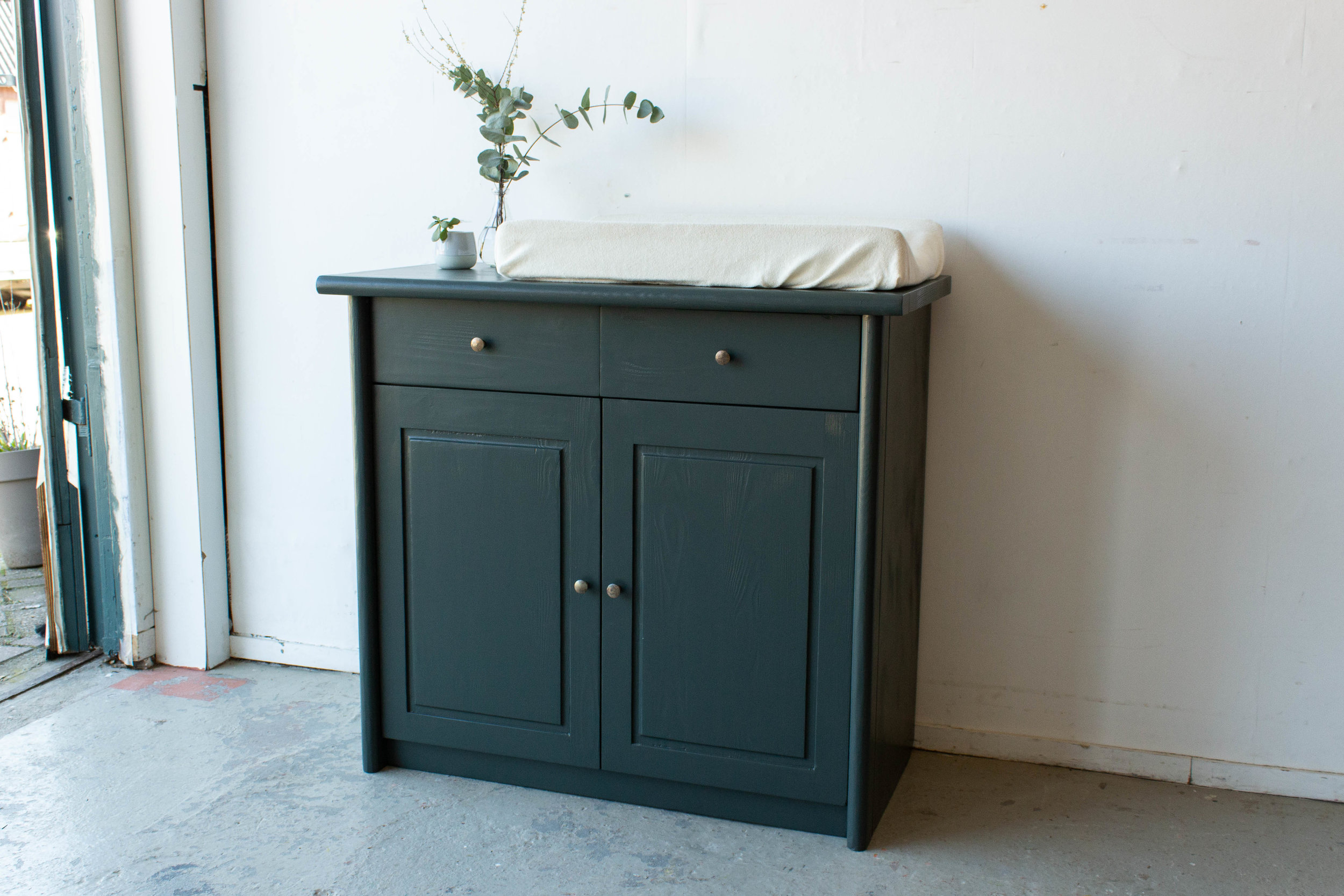 2185 - Woudgroene commode-3.jpg