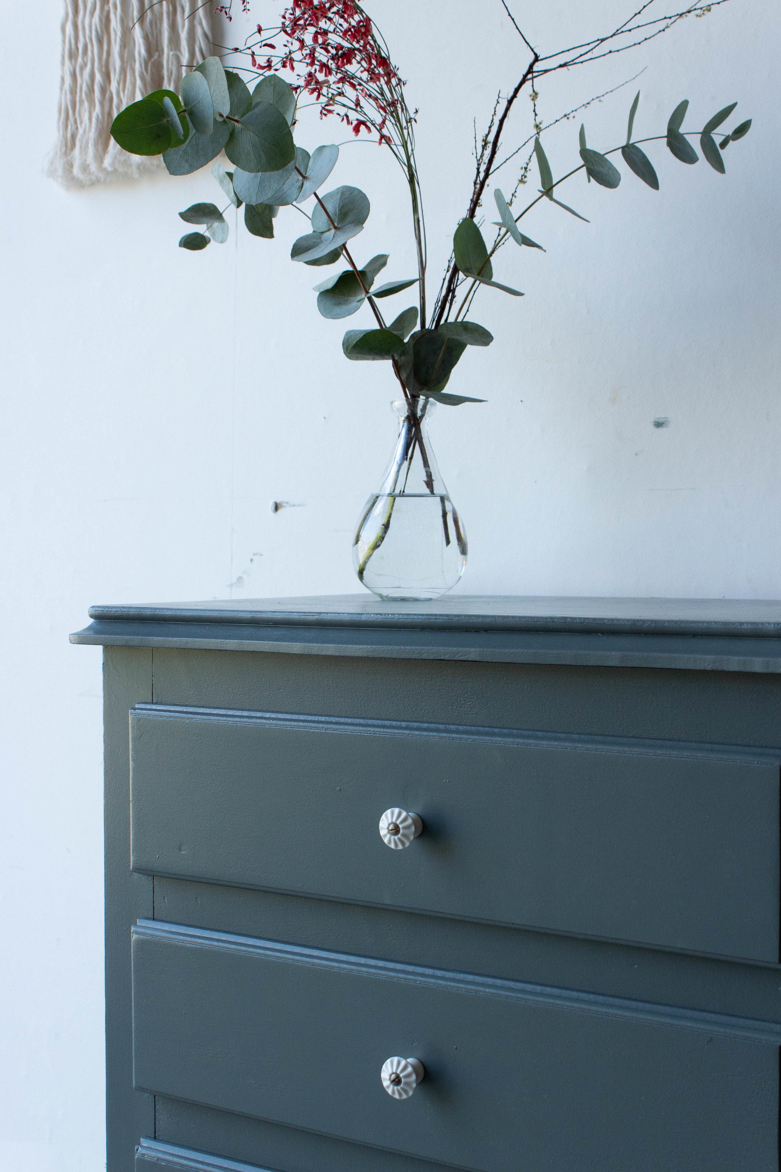 1506 - Vintage ladenkastje in antraciet kleur-4.jpg