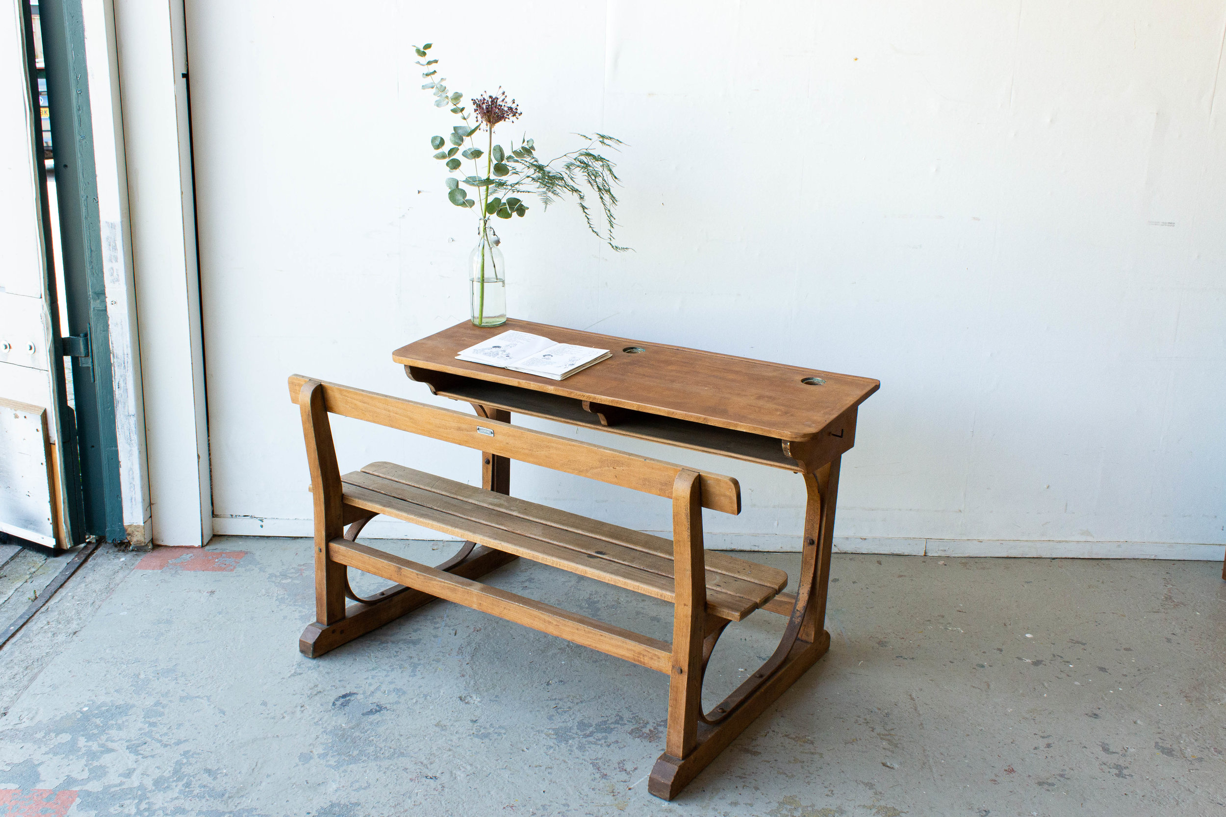 3186 - Vintage houten schoolbank.jpg