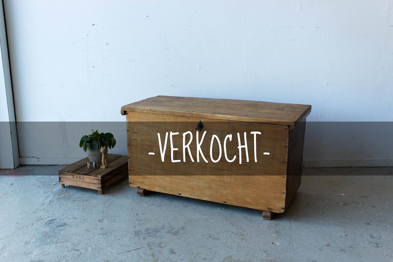 5051+-+Houtkleurige+vintage+kistVERKOCHT.jpg