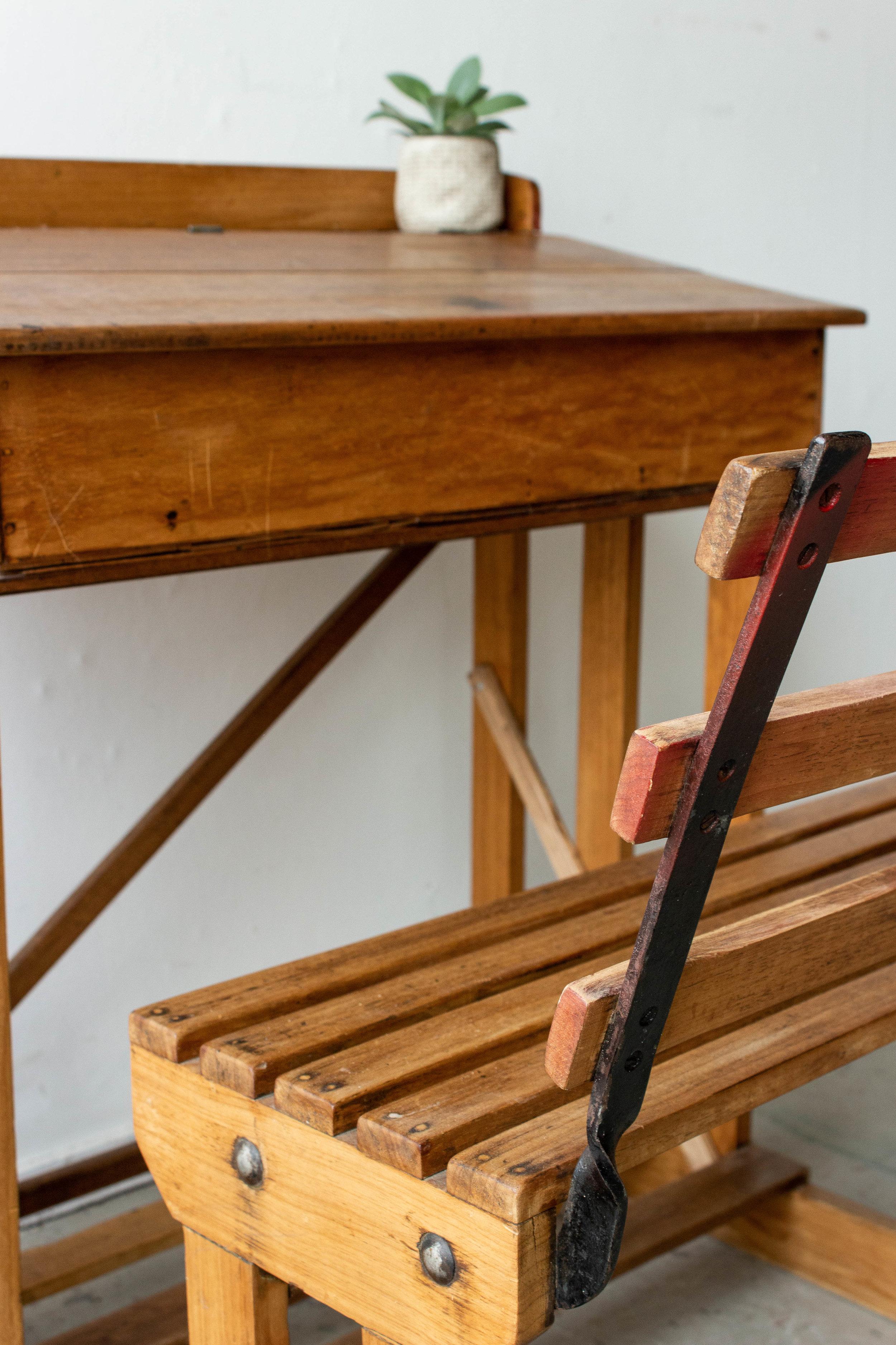 3187 - eenpersoons vintage schoolbank-2.jpg
