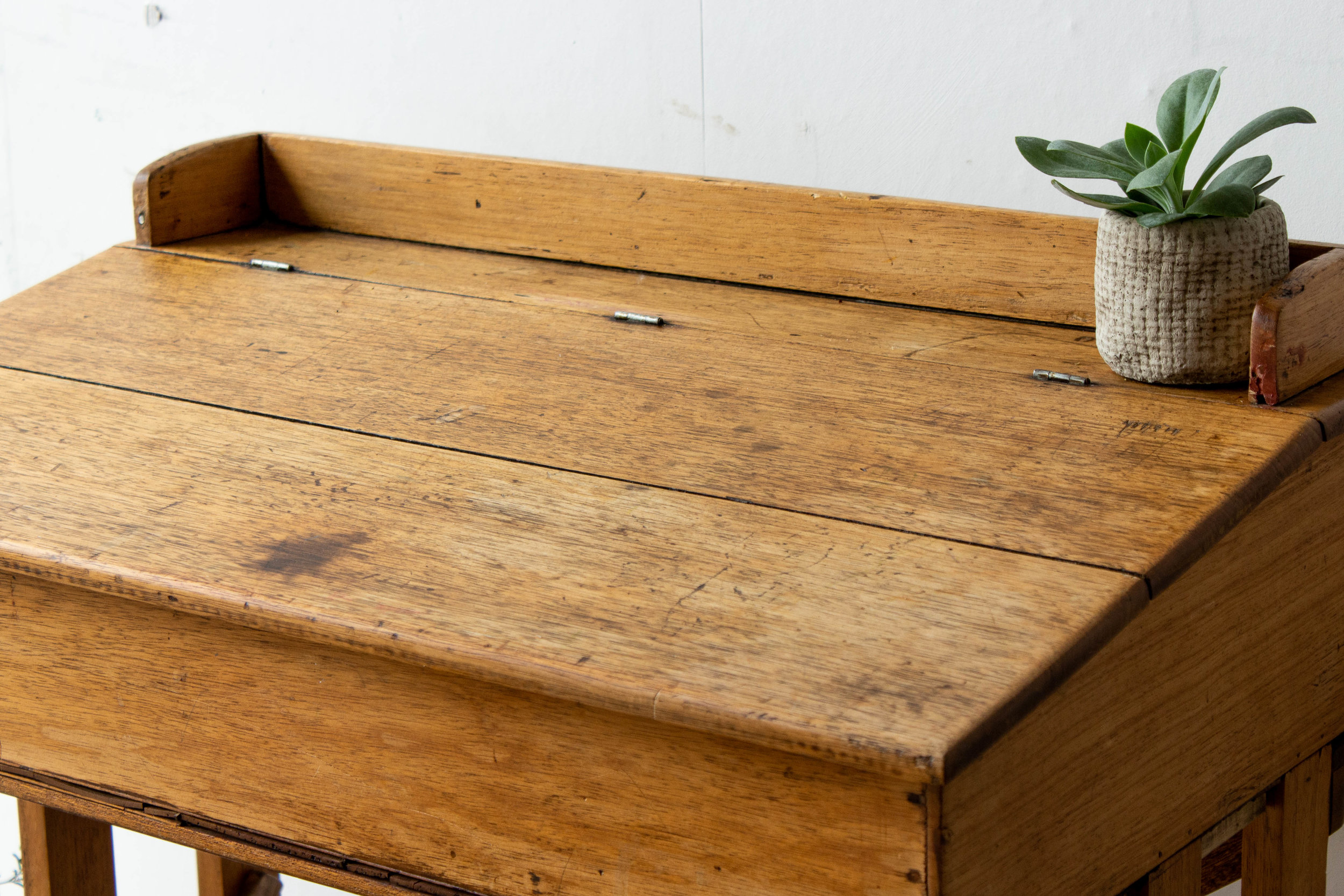 3187 - eenpersoons vintage schoolbank.jpg