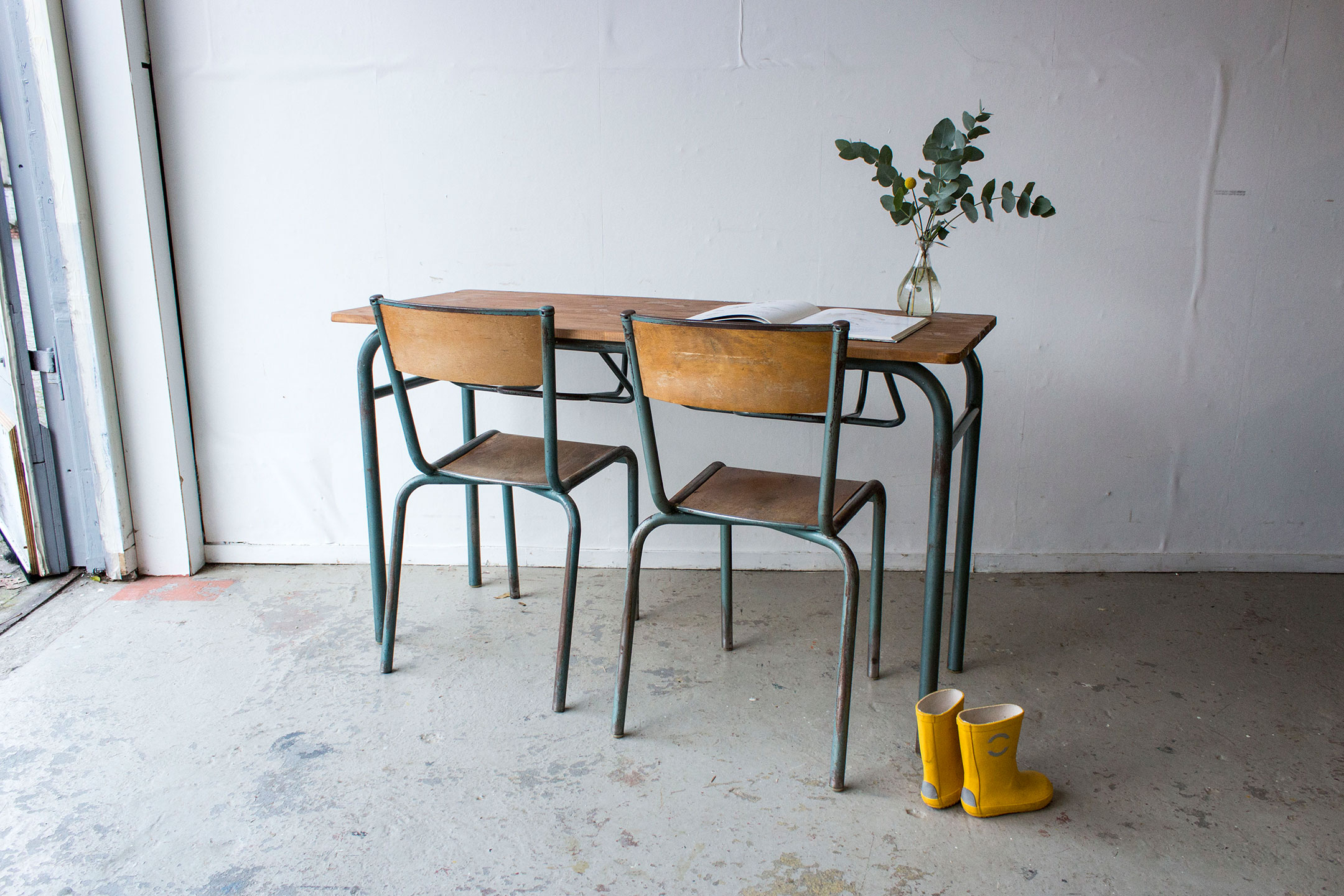 3170---vintage-schooltafel-grijsgroen-frame---Firma-zoethout.jpg
