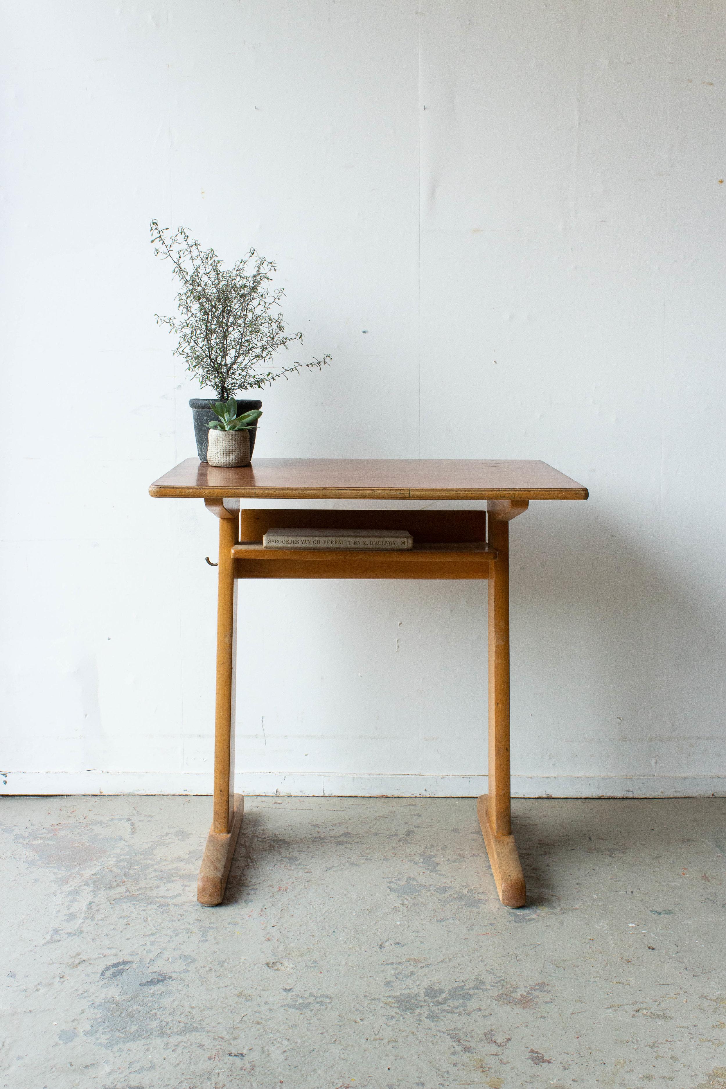 3157 - 1p houten schooltafel-4.jpg