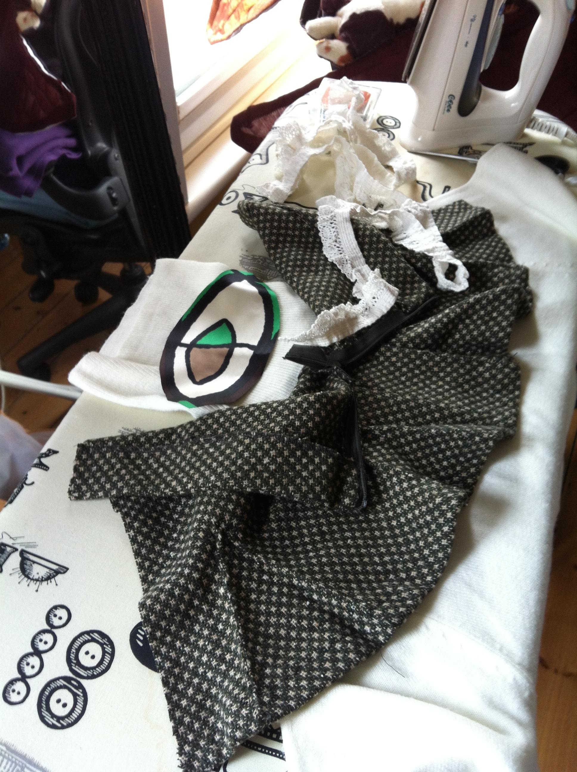 Recycling a mini skirt