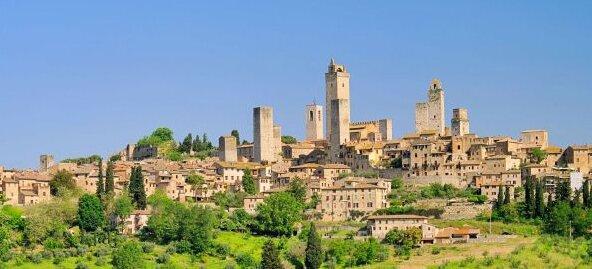 RTEmagicC_San_Gimignano_copertina_02.jpg.jpg