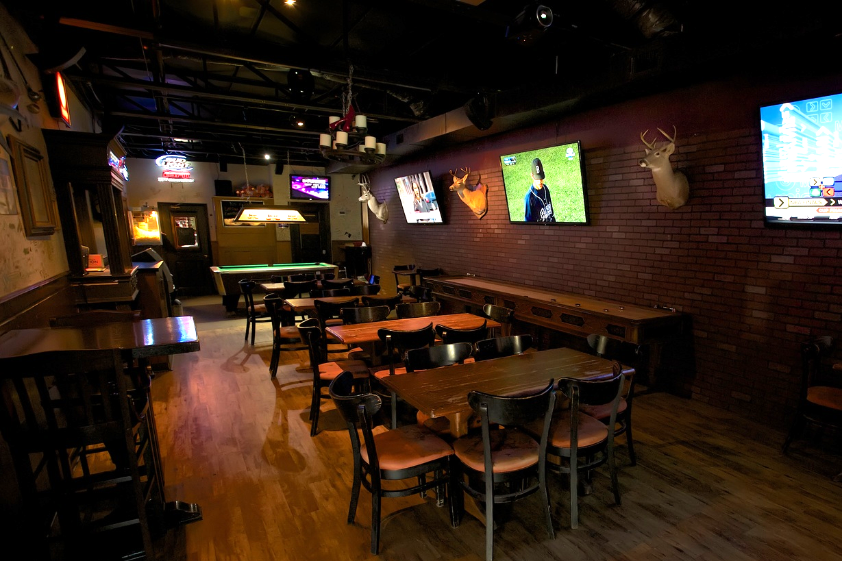 Inwood-Tavern-Party-Room.jpg