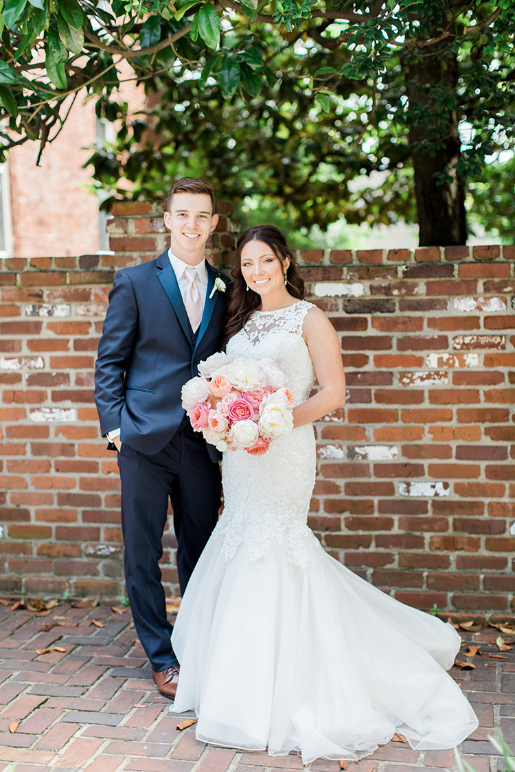 Wedding portraits at Gratz Park in Lexington, Kentucky. Flowers by Floral Verde. Photo by Rachael McCall Photography.