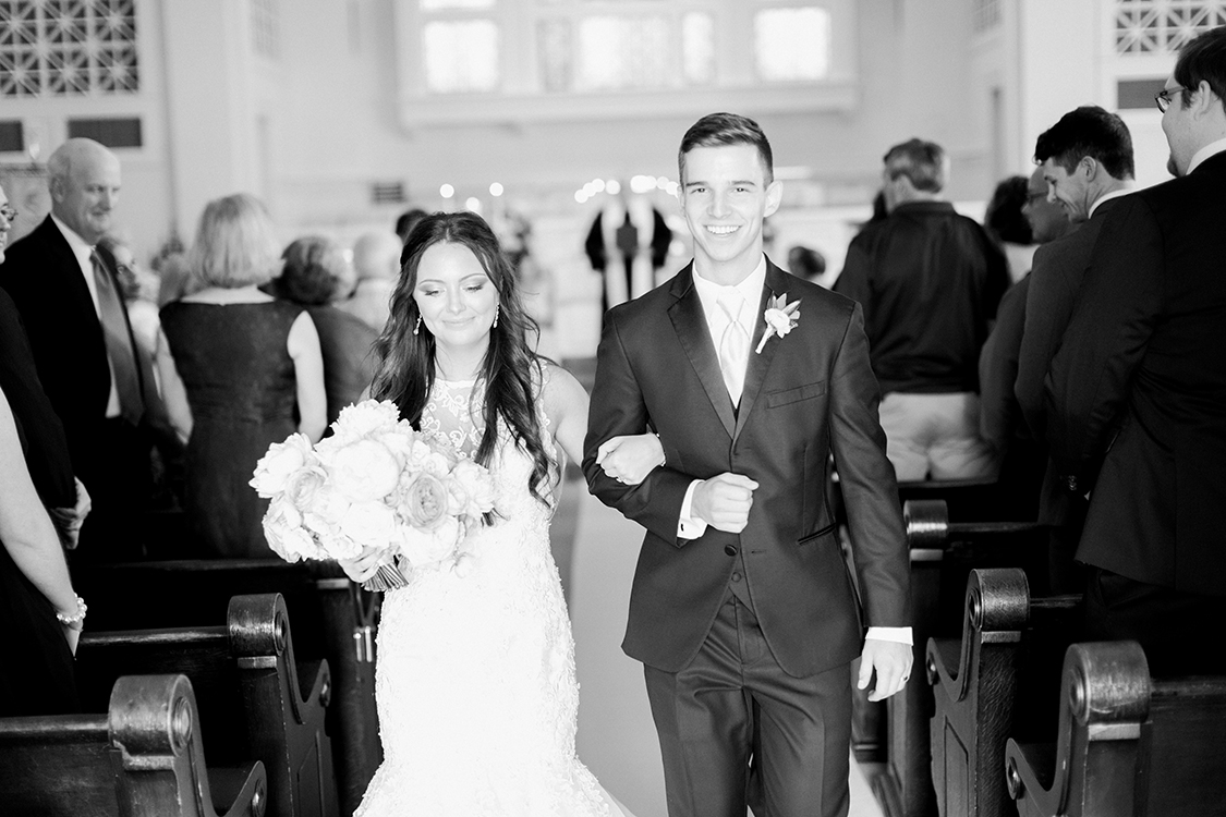 Wedding Ceremony at the First United Methodist Church in Lexington, Kentucky. Flowers by Floral Verde. Photo by Rachael McCall Photography.