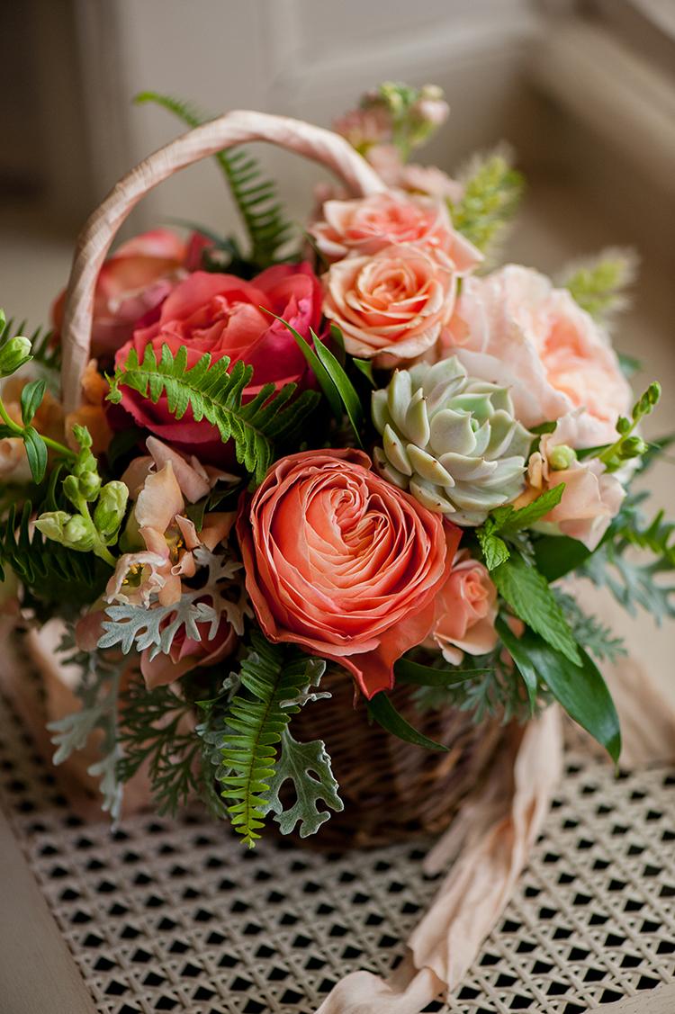 wedding-at-Pinecroft-at-Crosley-Estate-in-Cincinnati-Ohio-Pottinger-Photography-Floral-Verde-flowers-8698.jpg