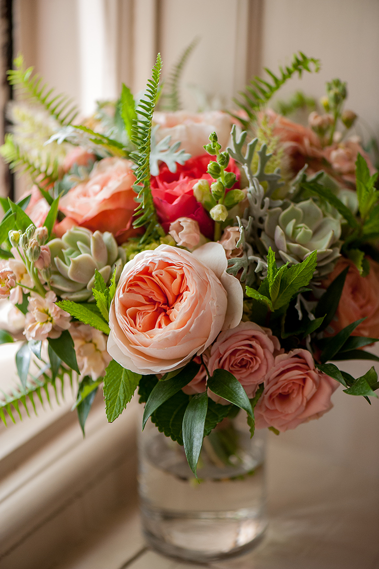wedding-at-Pinecroft-at-Crosley-Estate-in-Cincinnati-Ohio-Pottinger-Photography-Floral-Verde-flowers-8704.jpg