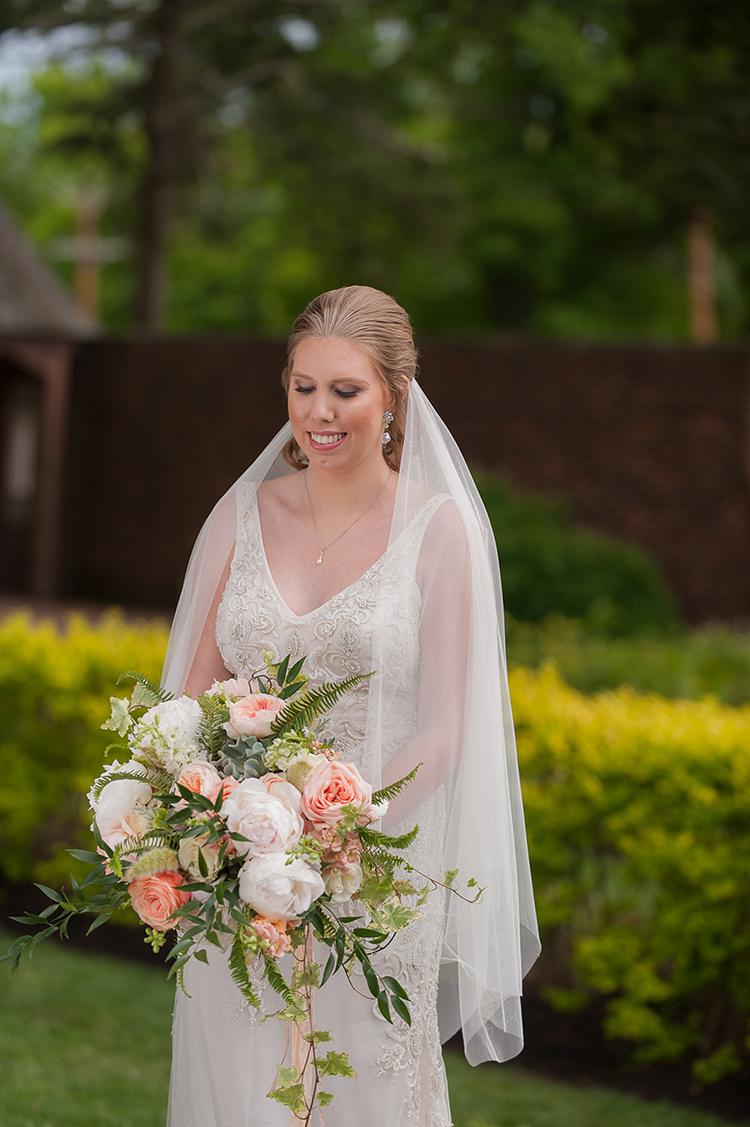 wedding-at-Pinecroft-at-Crosley-Estate-in-Cincinnati-Ohio-Pottinger-Photography-Floral-Verde-flowers-8851.jpg