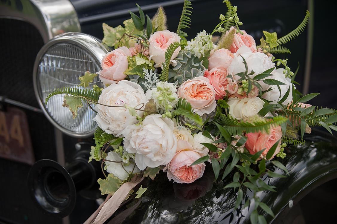 wedding-at-Pinecroft-at-Crosley-Estate-in-Cincinnati-Ohio-Pottinger-Photography-Floral-Verde-flowers-9270.jpg