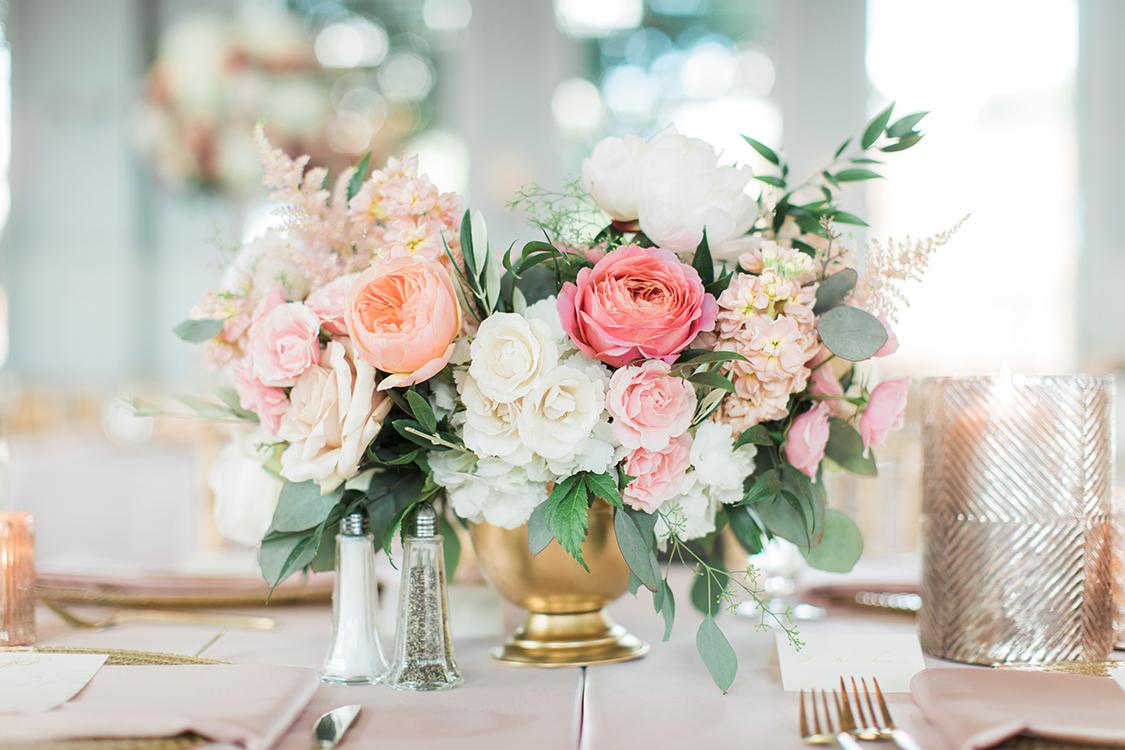 wedding-reception-at-The-Carrick-House-Lexington-Kentucky-Rachael-McCall-Photography-Floral-Verde-flowers-369.jpg