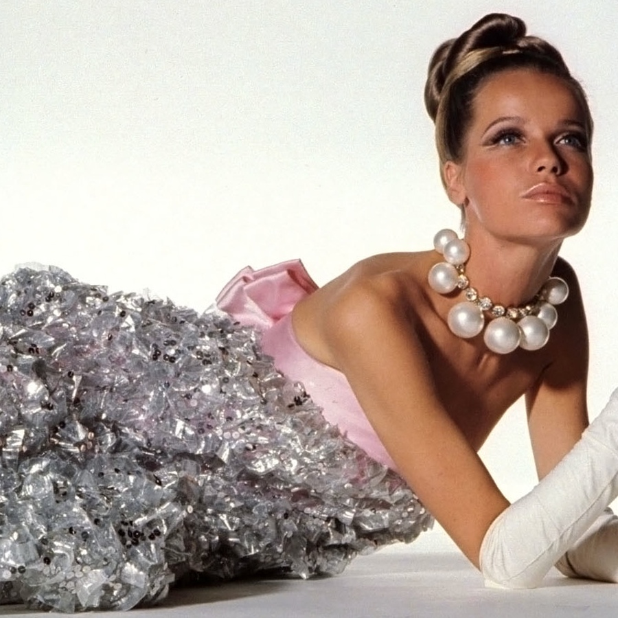 These vintage baubles seen on Veruschka would look totally modern now