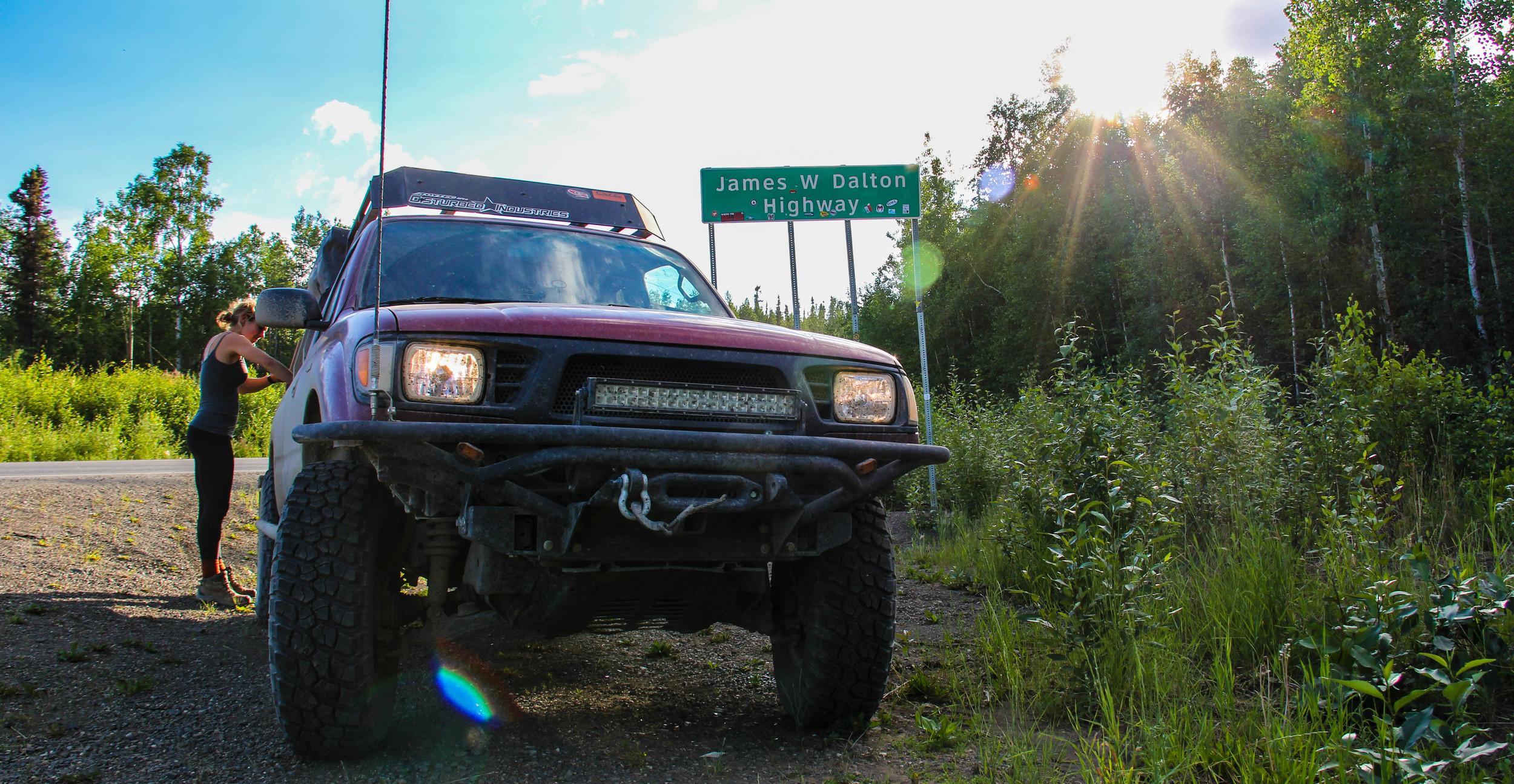 Our little 96' Toyota Tacoma with a 2.7L 4cyl, running 4.56 gears and 33x10.5 BFG KM2's.