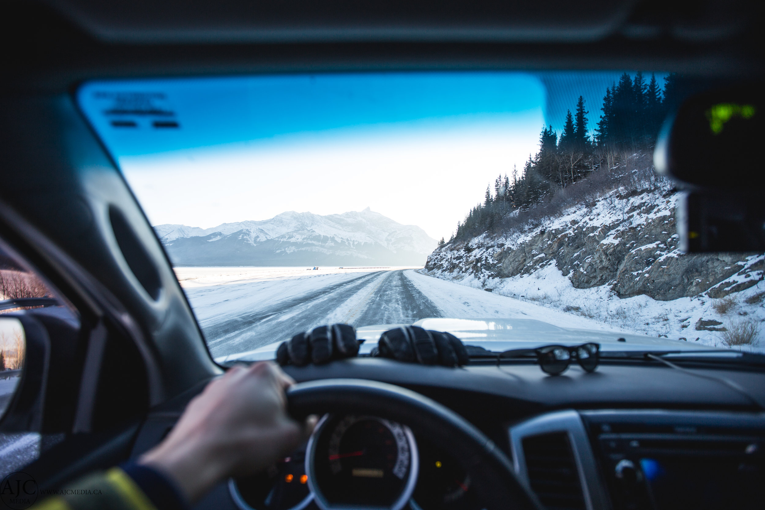 Winter roads, mhmm.