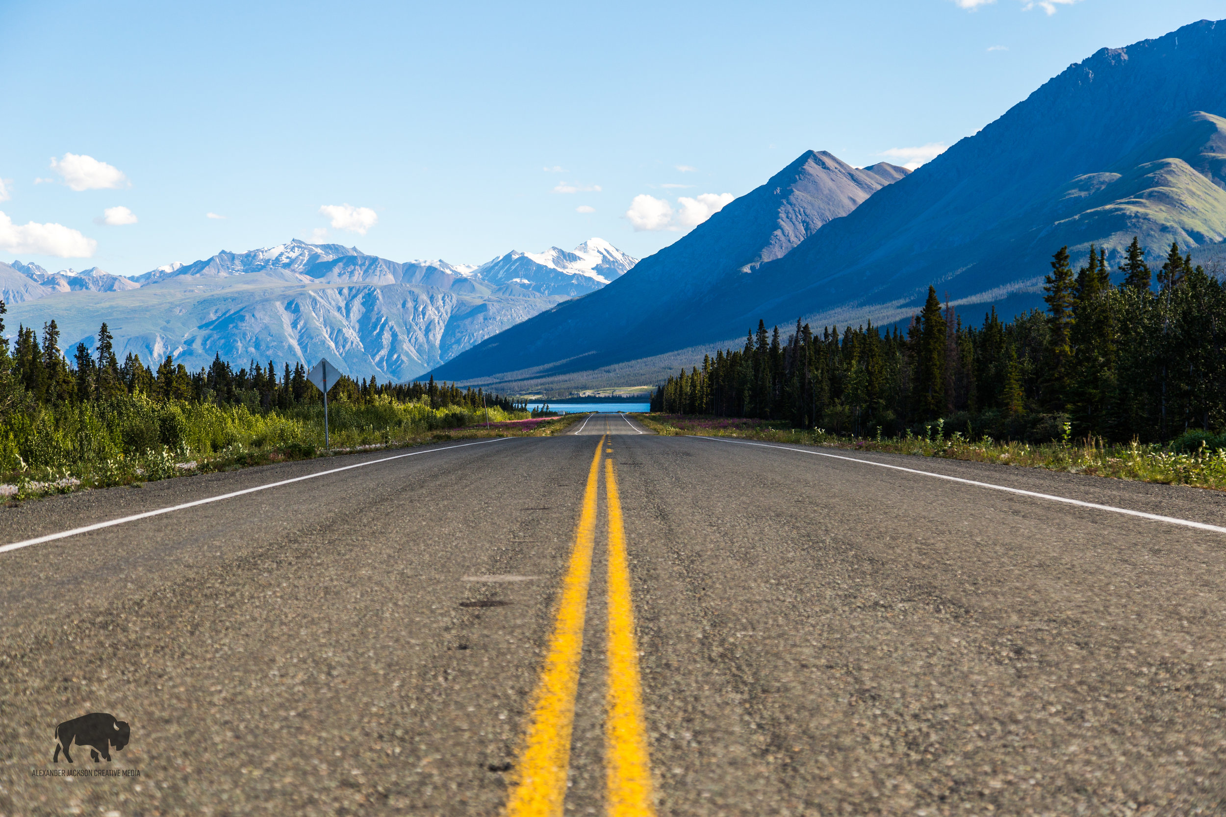The Kluane Lake region of the Alaska highway offers up some pretty incredible views.