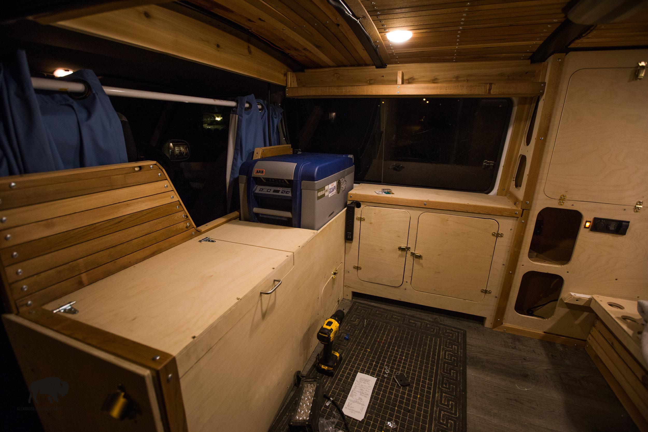 van build (14 of 30).jpg