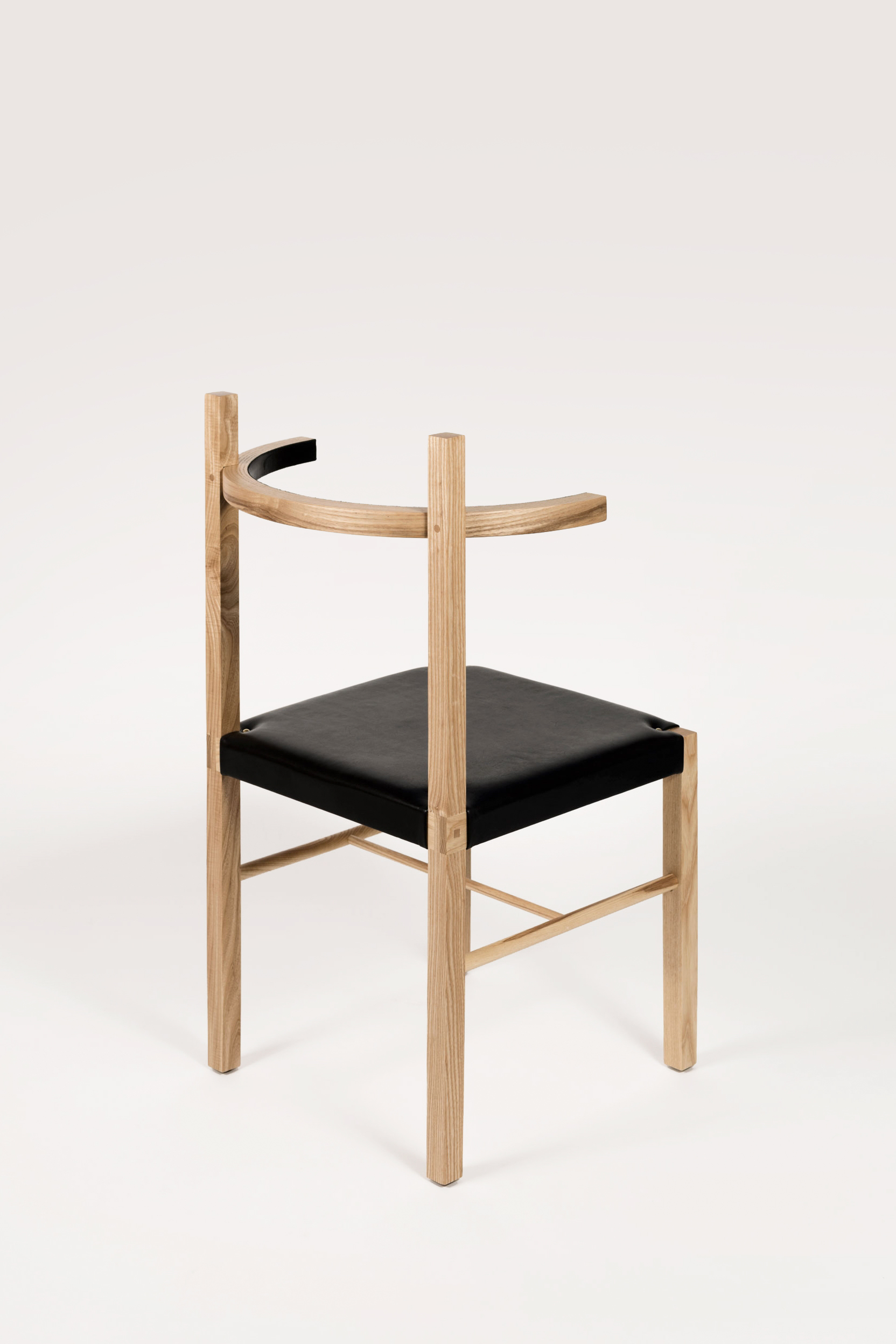 Soren Chair Natural Ash Black Leather Coil Drift