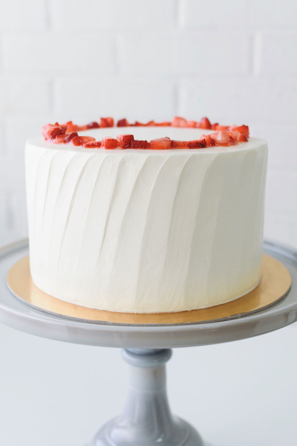 Strawberry Chiffon - vanilla cake | diplomat + fresh strawberry filling | vanilla buttercream, chopped strawberry crown