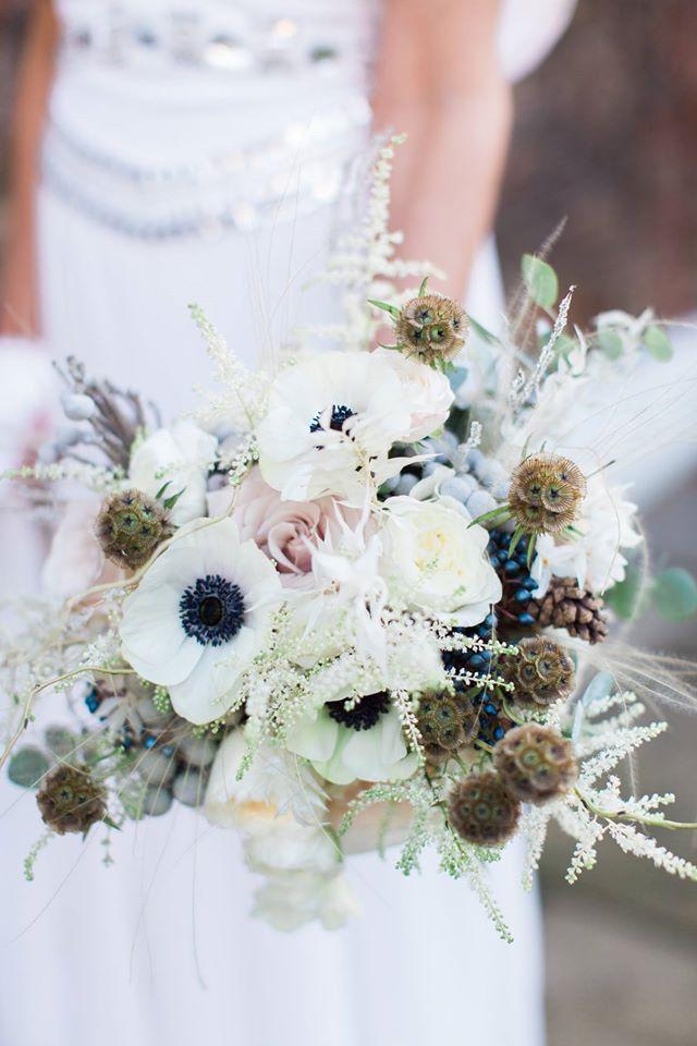 Jay Archer Floral Design  ( Image:  Helen Cawte Photography  )