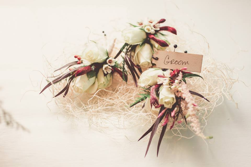 Crimson & Clover Floral Design   Image courtesy of  One Summer Day Photography
