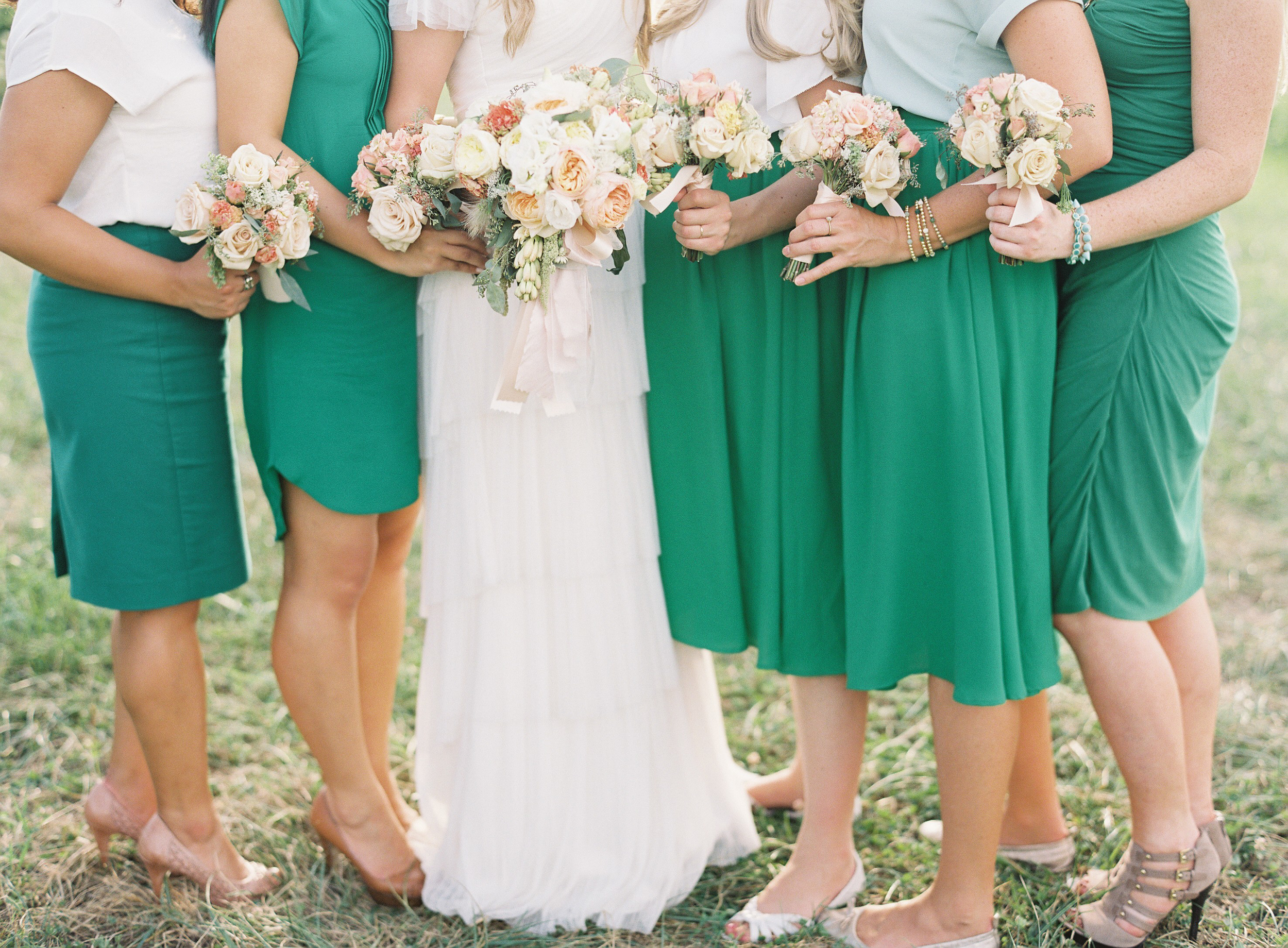 Holly Heider Chapple Flowers    Image courtesy of  Anne Robert Photography