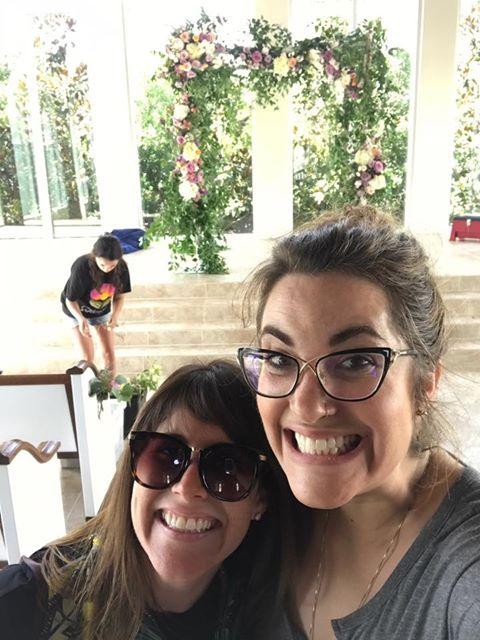 L-R: Texas CDs Holly Knudsen ( Flower Vibes ) & Maggie Bailey ( Bramble & Bee )