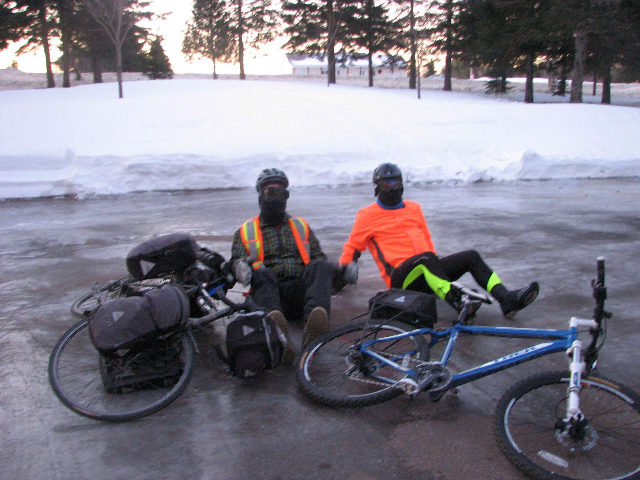 Charles is an avid cyclist and did not miss the opportunity to ride the first 20km with me.