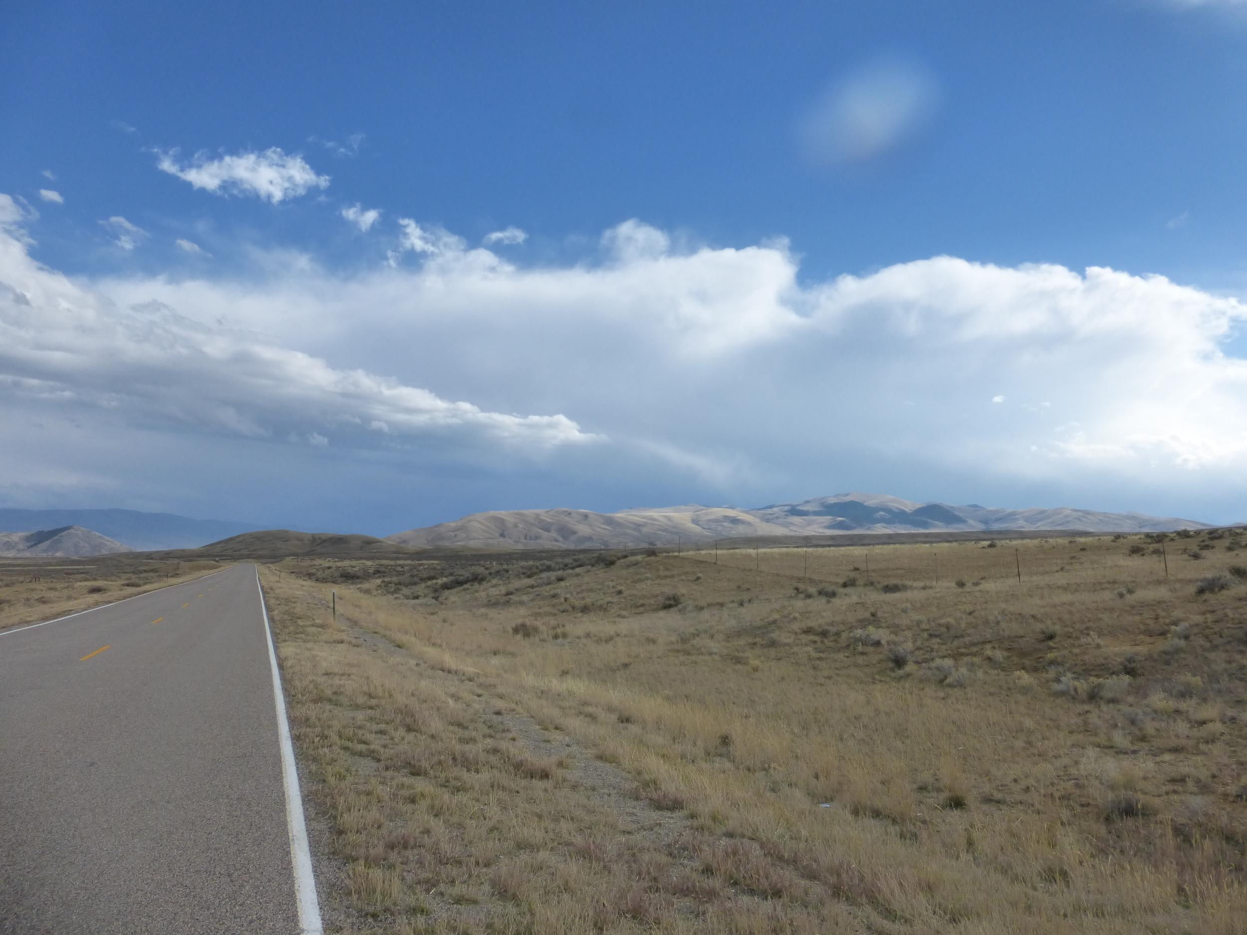 Still no rain or snow but the headwind was relentless.
