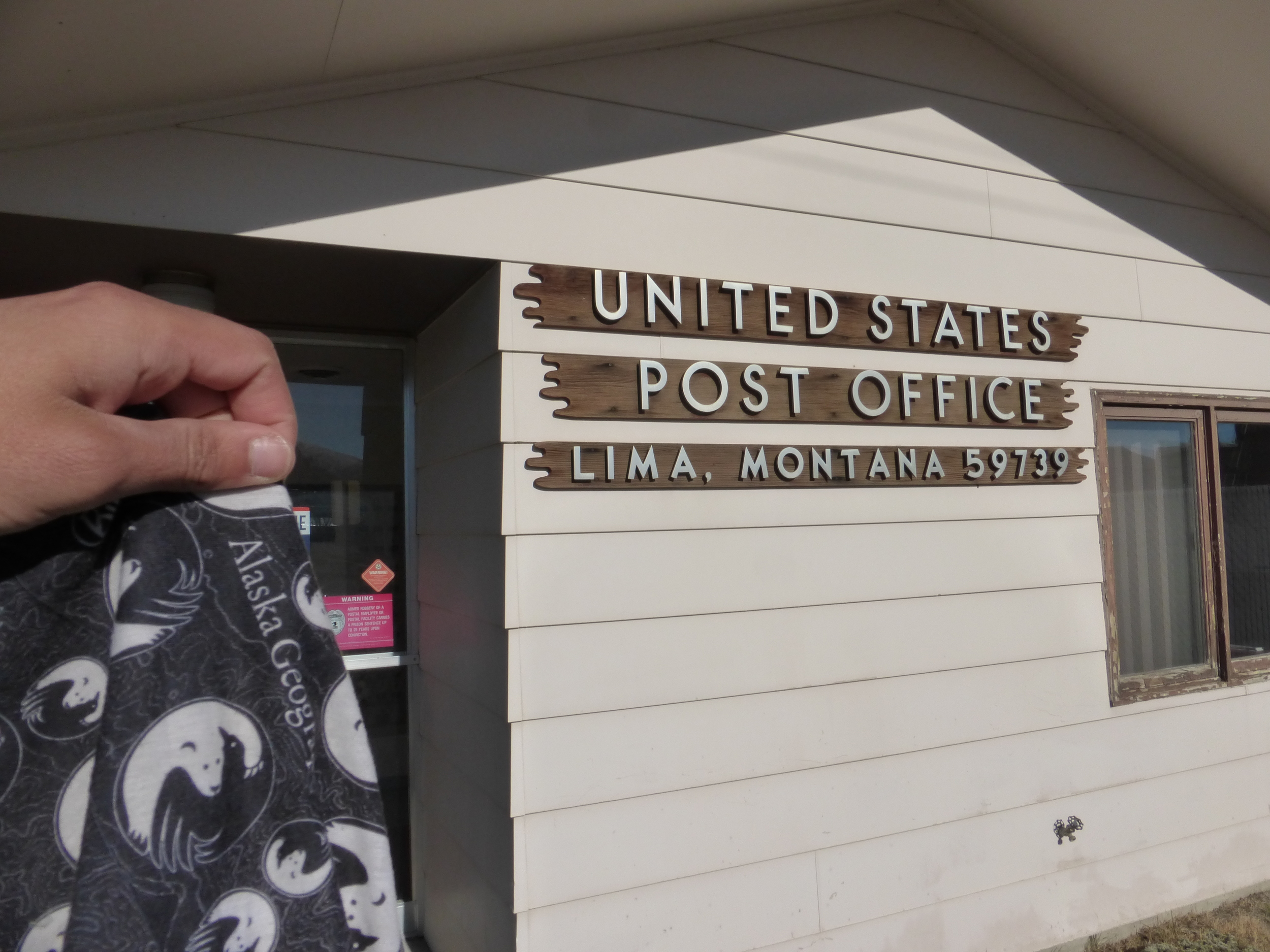 So, by now you probably know that I move pretty slow. But do you know what's slower than me? United States Postal Service! I outran it in Helena and now I had to wait in Lima so that I can get my buff!