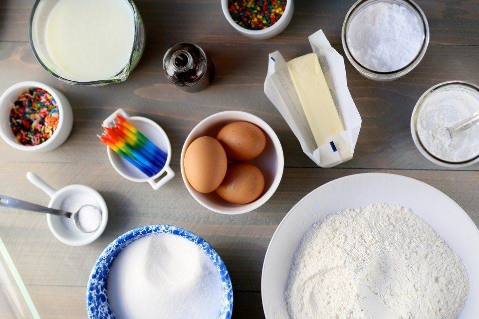 Everybodys-Birthday-Cake-e1451968172105.jpg