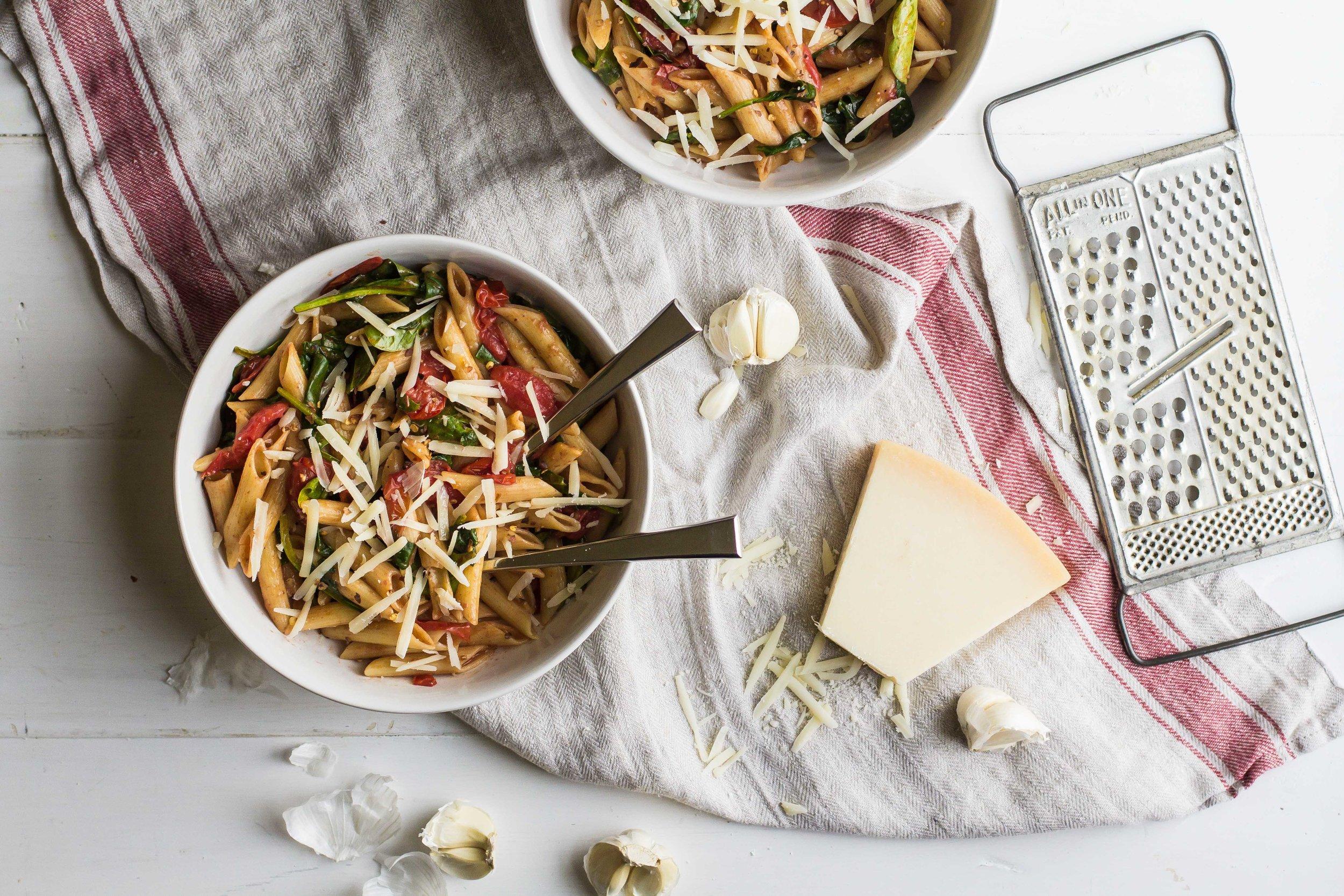 Weeknight Pasta with Cherry Tomatoes + Spinach - Sarah J. Hauser-4.jpg