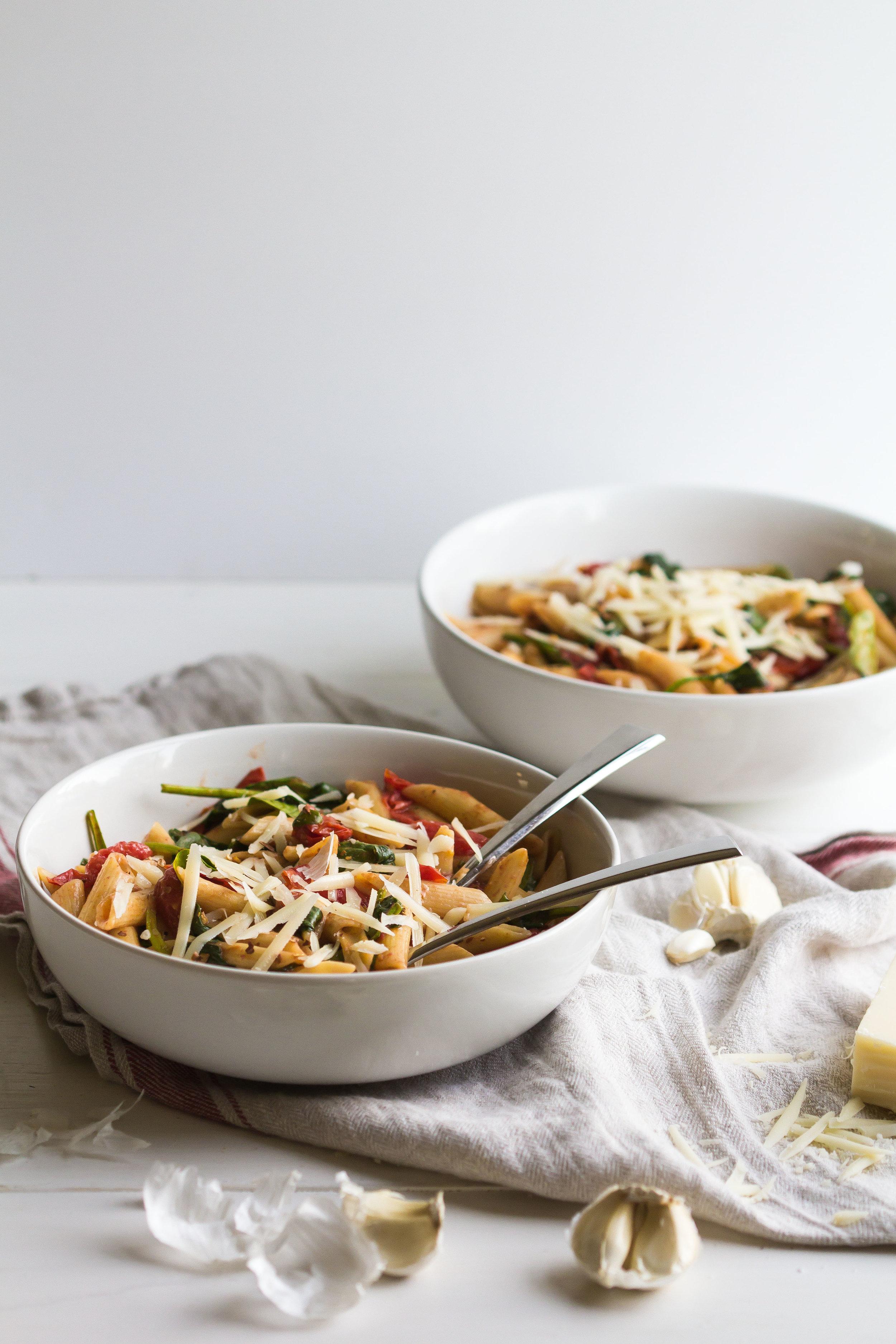 Weeknight Pasta with Cherry Tomatoes + Spinach - Sarah J. Hauser-7.jpg