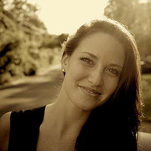 Stephanie Farrasat