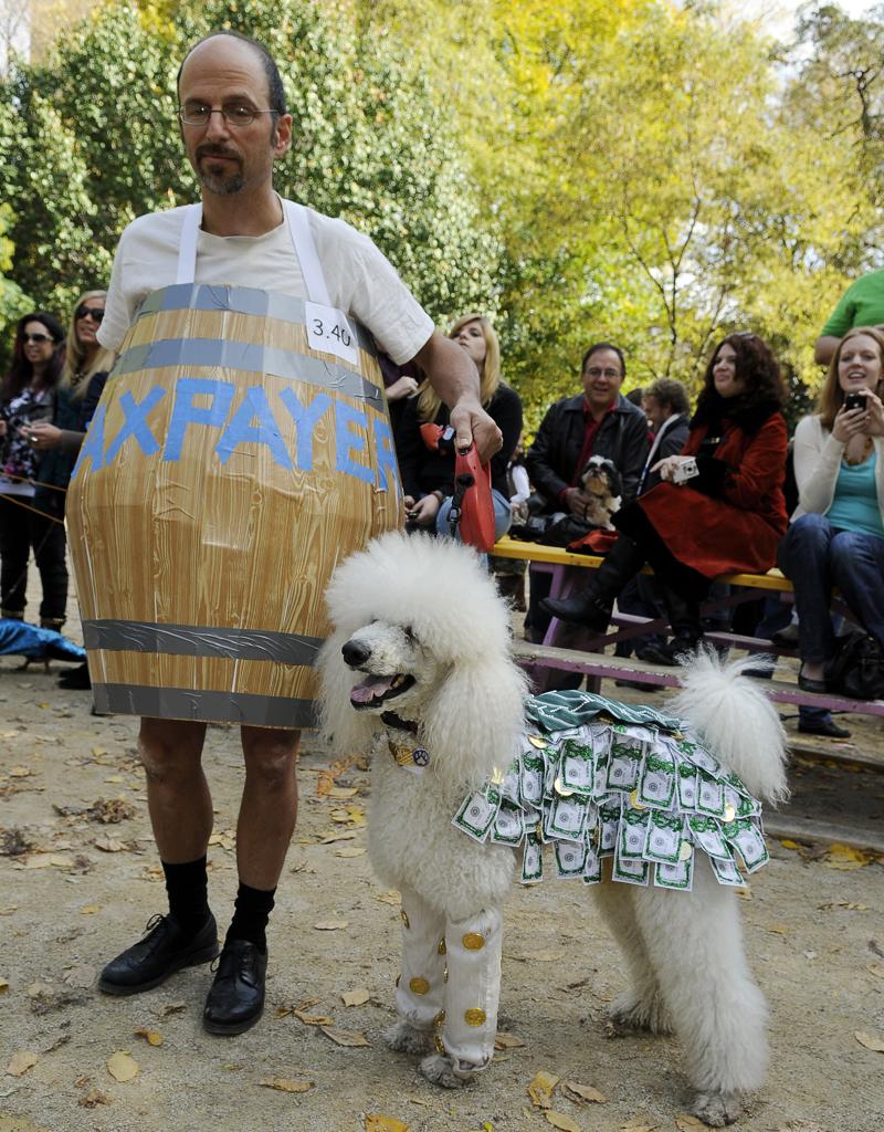 TSQ Halloween Dog Contest - Kreizel 027.JPG