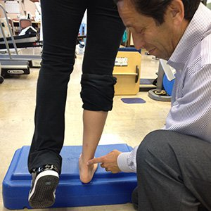 achilles-tendon-physical-therapy-treatment.jpg