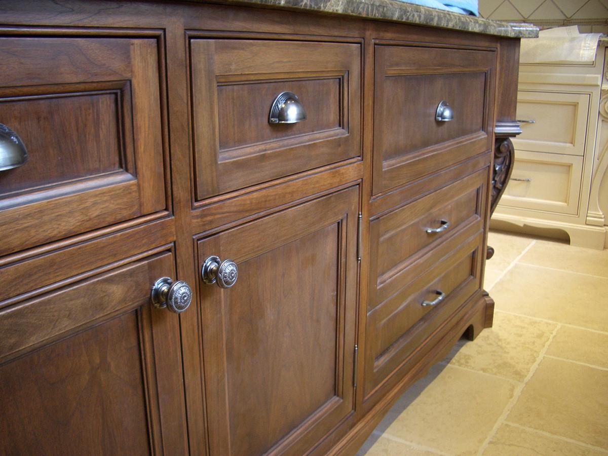 Custom Cabinetry (36).jpg