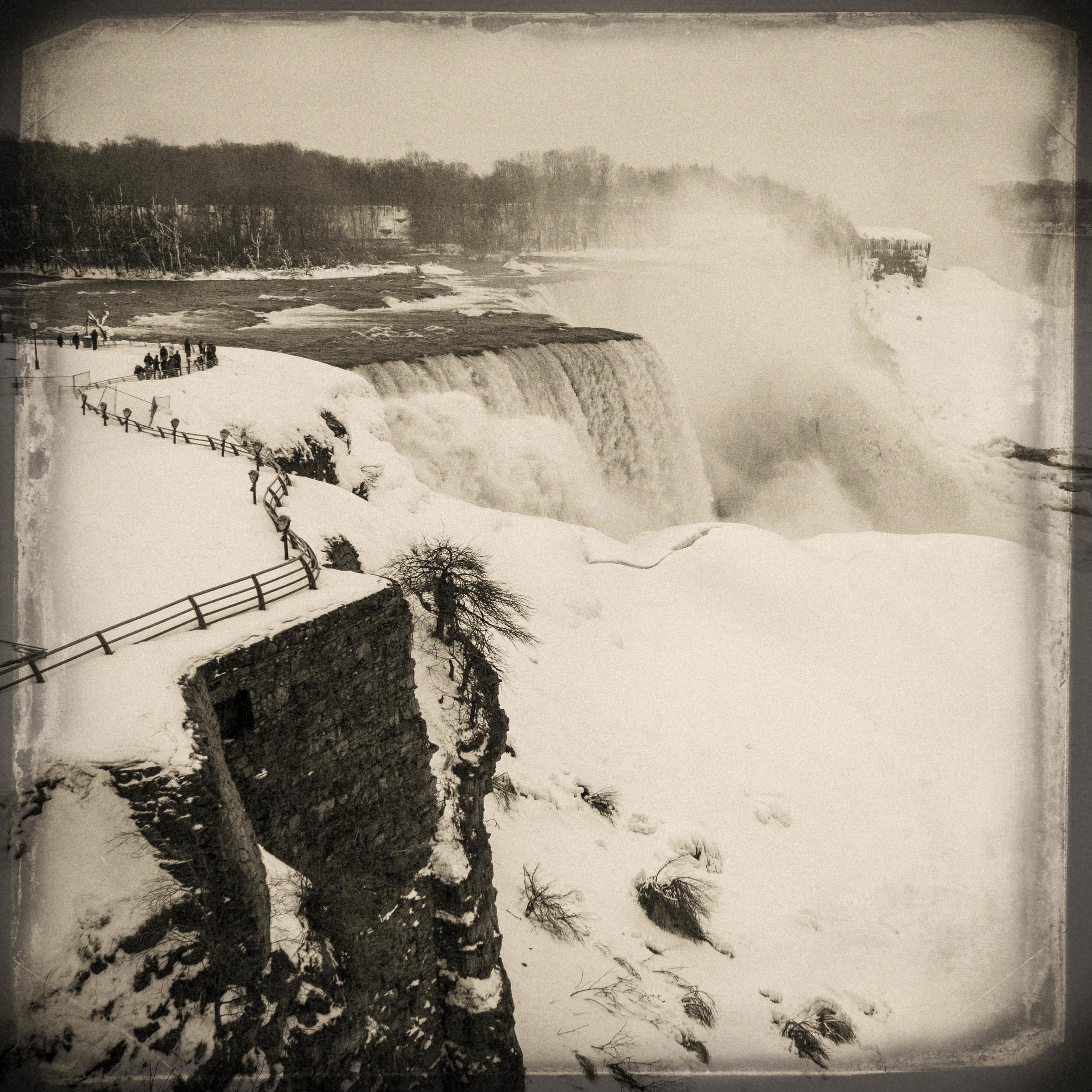 niagara falls-11.jpg