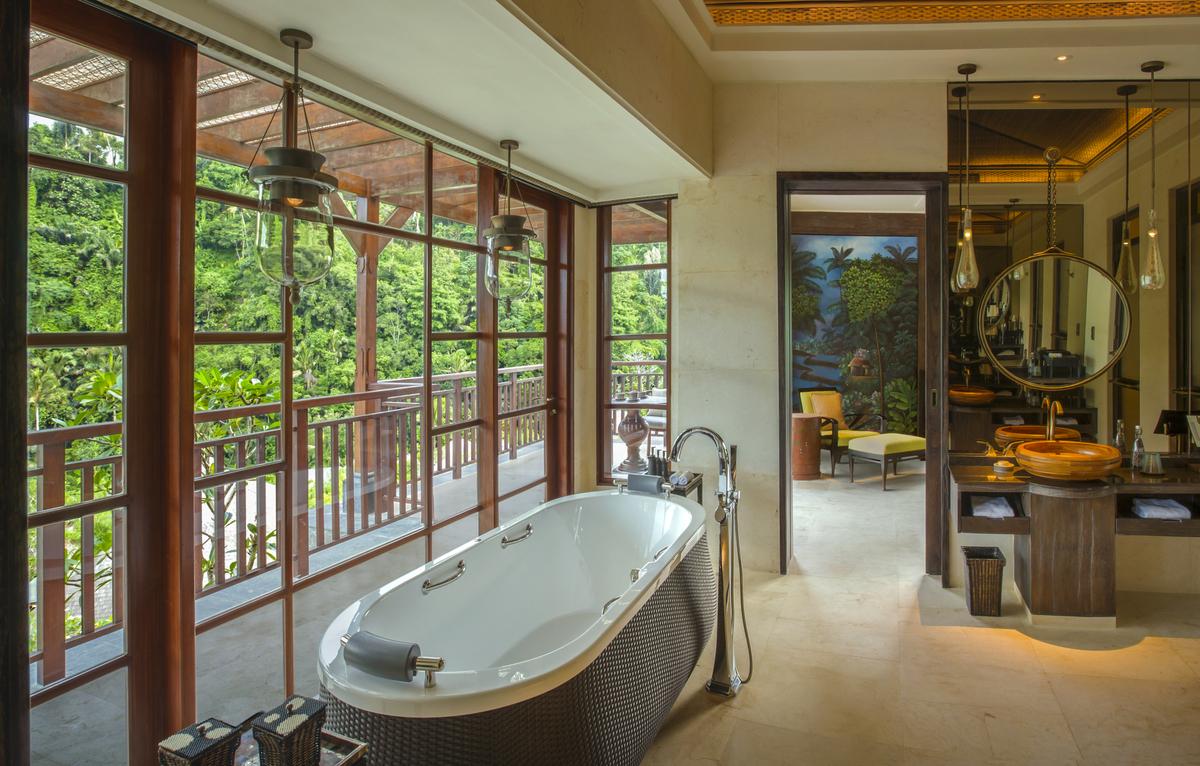 Ritz Carlton Bali_Suite_8271-.jpg