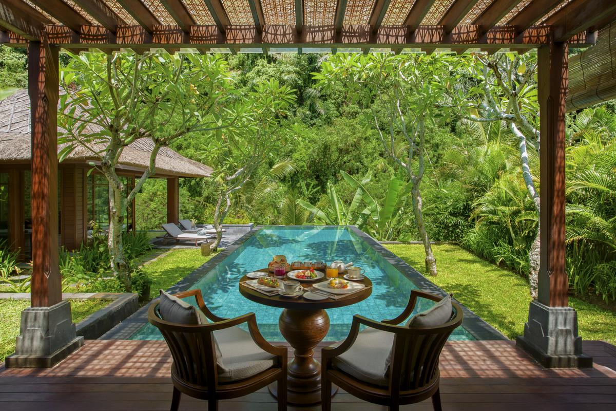 Ritz Carlton Bali_Breakfast IVD_8861.jpg