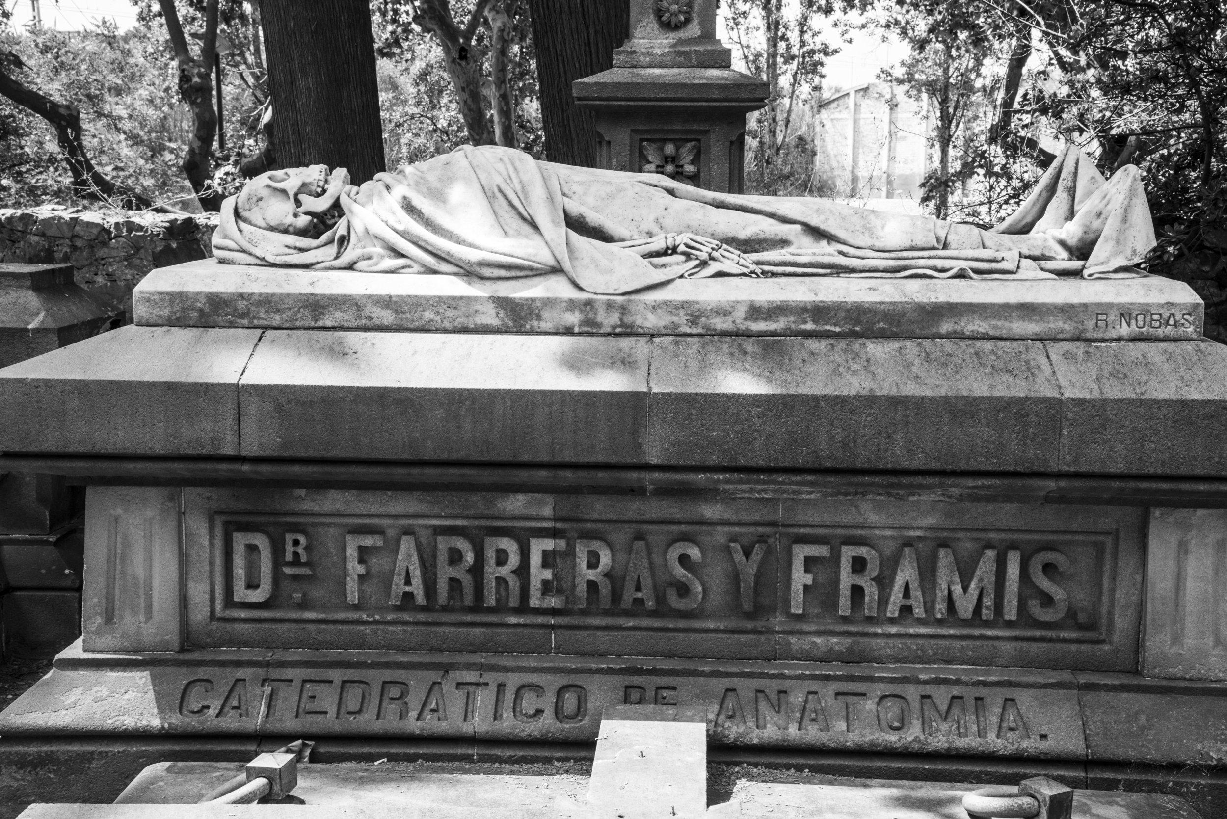 Cemetery 3.jpg