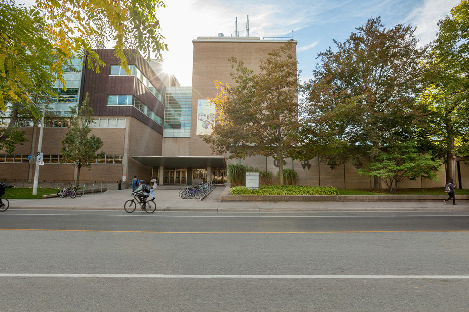 IMG_6759-St-George-Street-exterior-of-the-Lash-Miller-Chemical-Laboratories-building-for-web.jpg