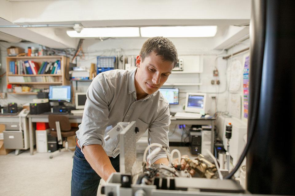 IMG_0996-PhD-student-Erik-Lutsch-for-web.jpg