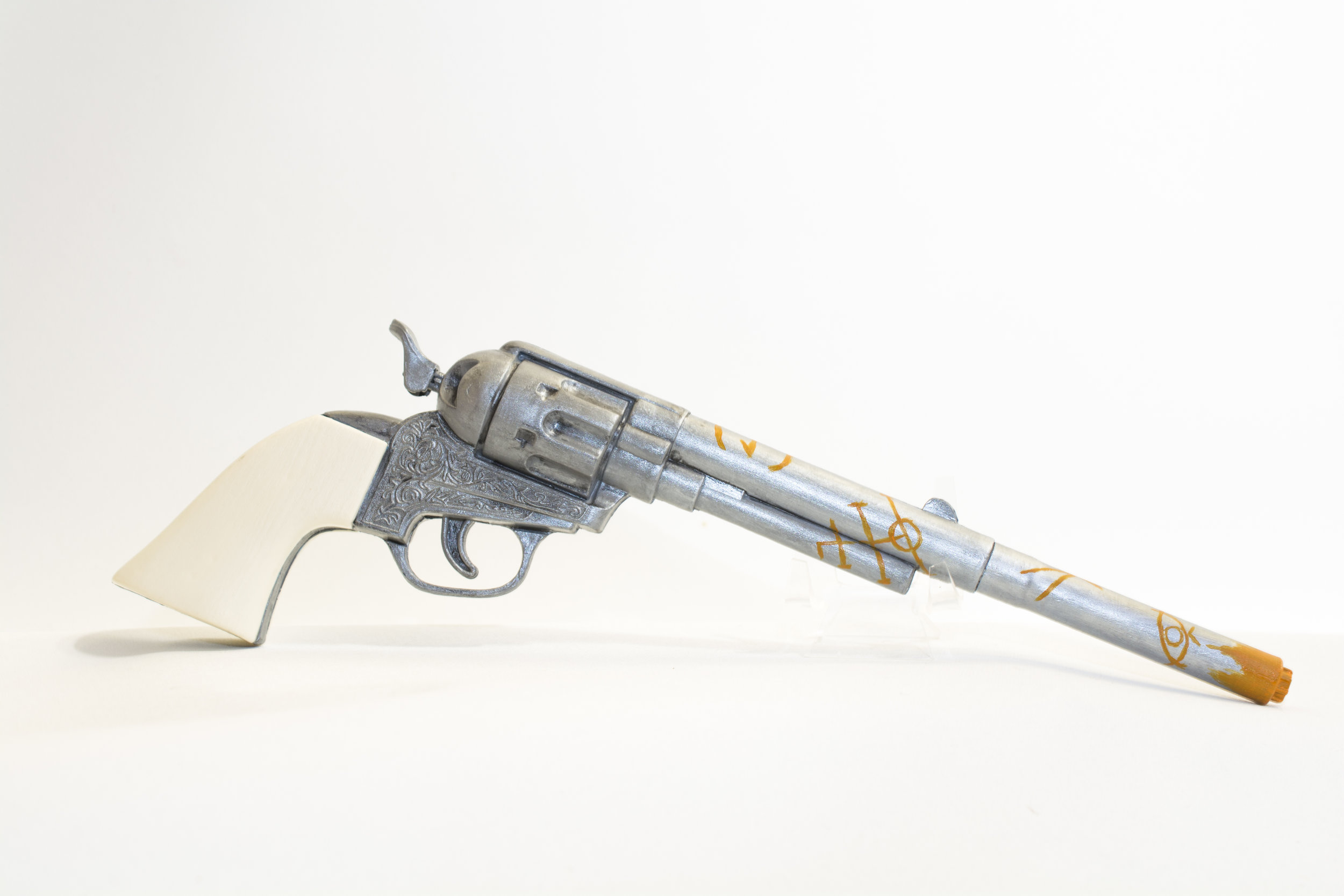Wynonna Earp   Peacemaker Gun 2