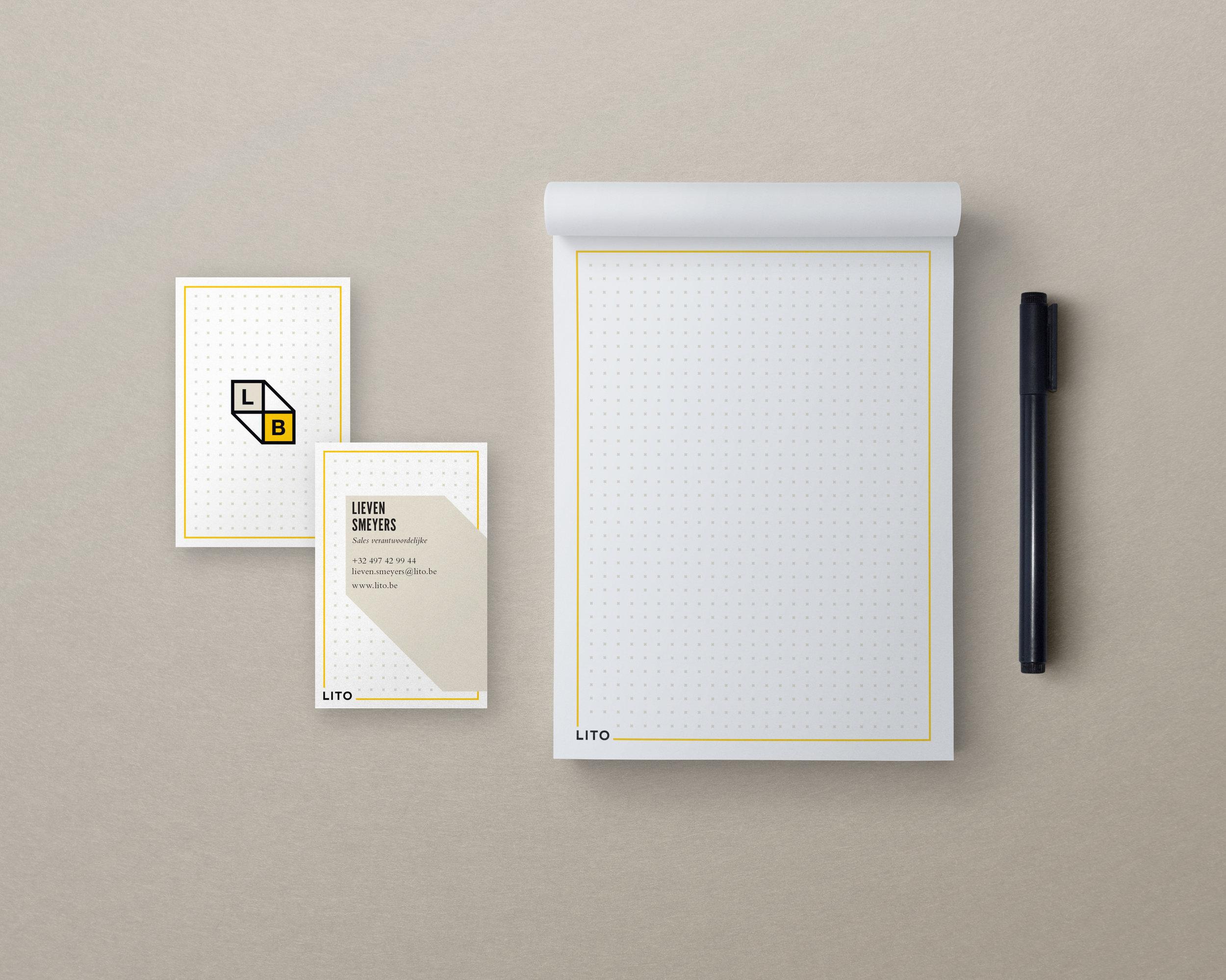 Notepad-Presentation-Mockup2.jpg