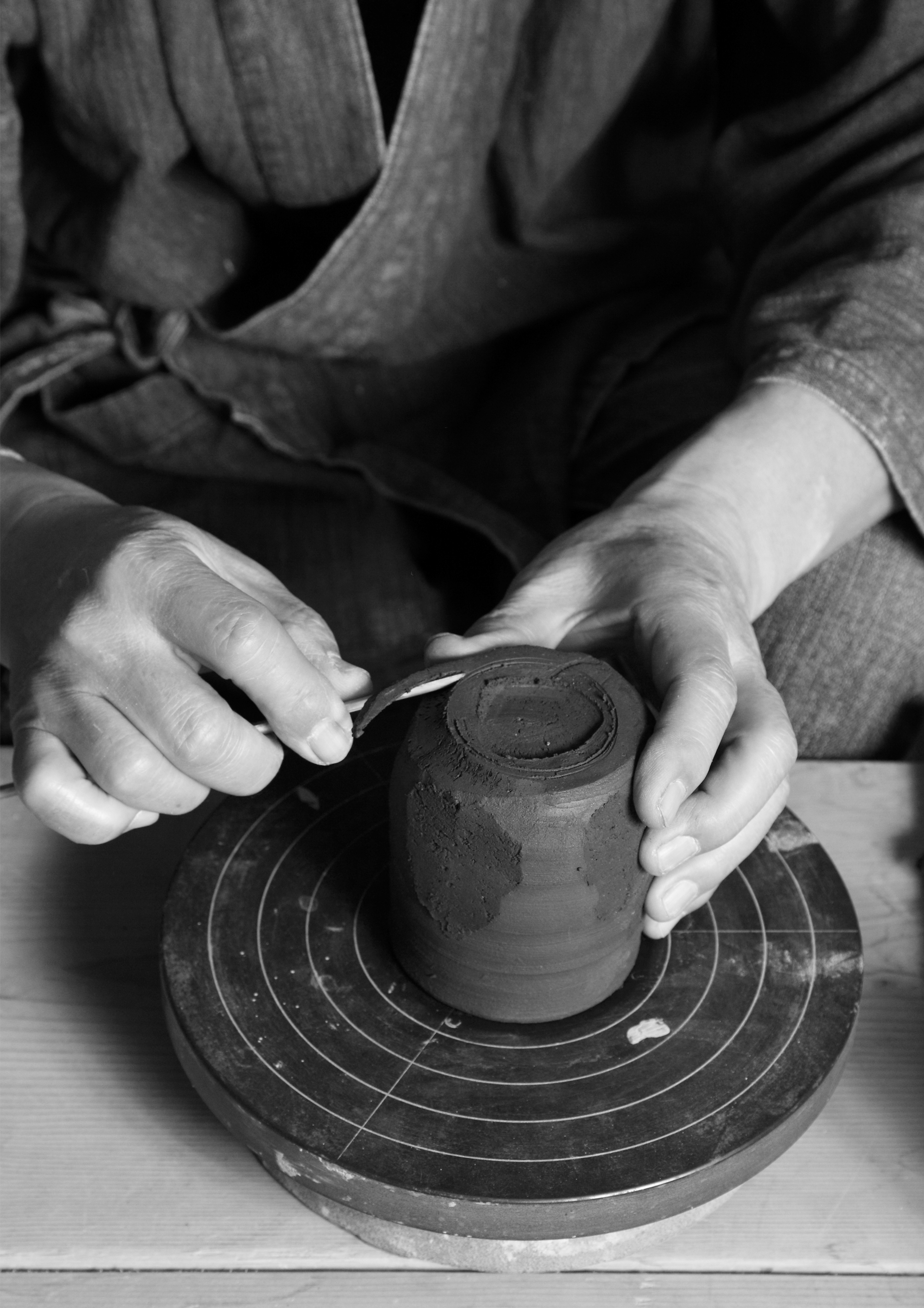 Kotaro Hiro  Artist Branding  _  Kotaro Hiro is a pottery artist from Tokyo Japan. Having high dedication to the world of Japanese ceramic houseware. Japan is one country that has an old ceramic tradition in the world.