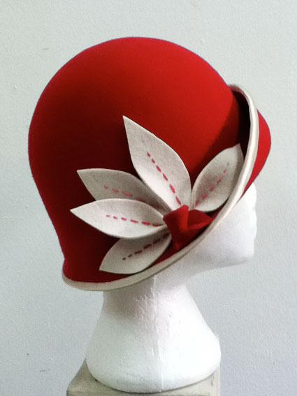 Red-white-leaves2.jpg